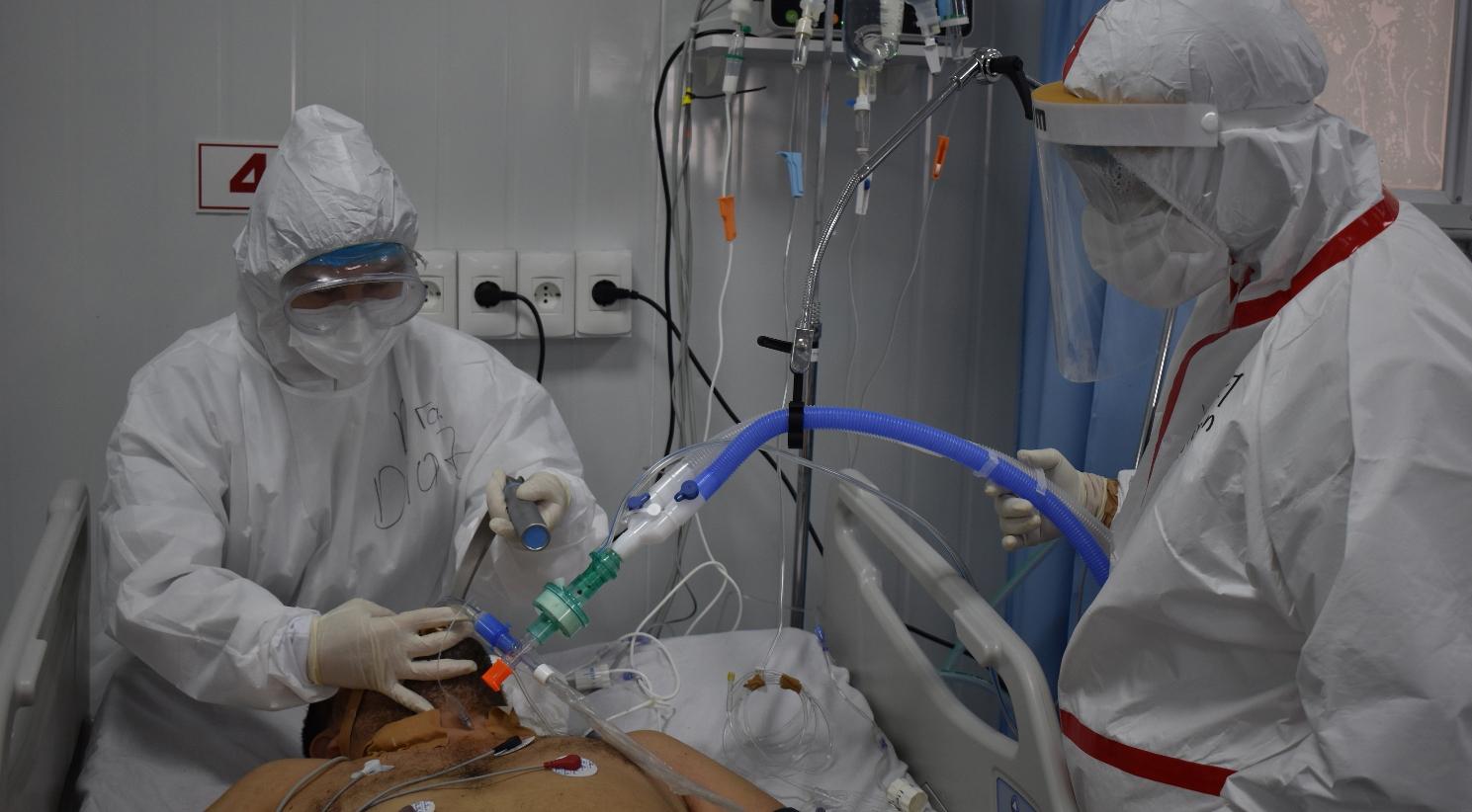 De 52 camas que dispone el Hospital Nacional de Itauguá solo dos estaban ayer disponibles.