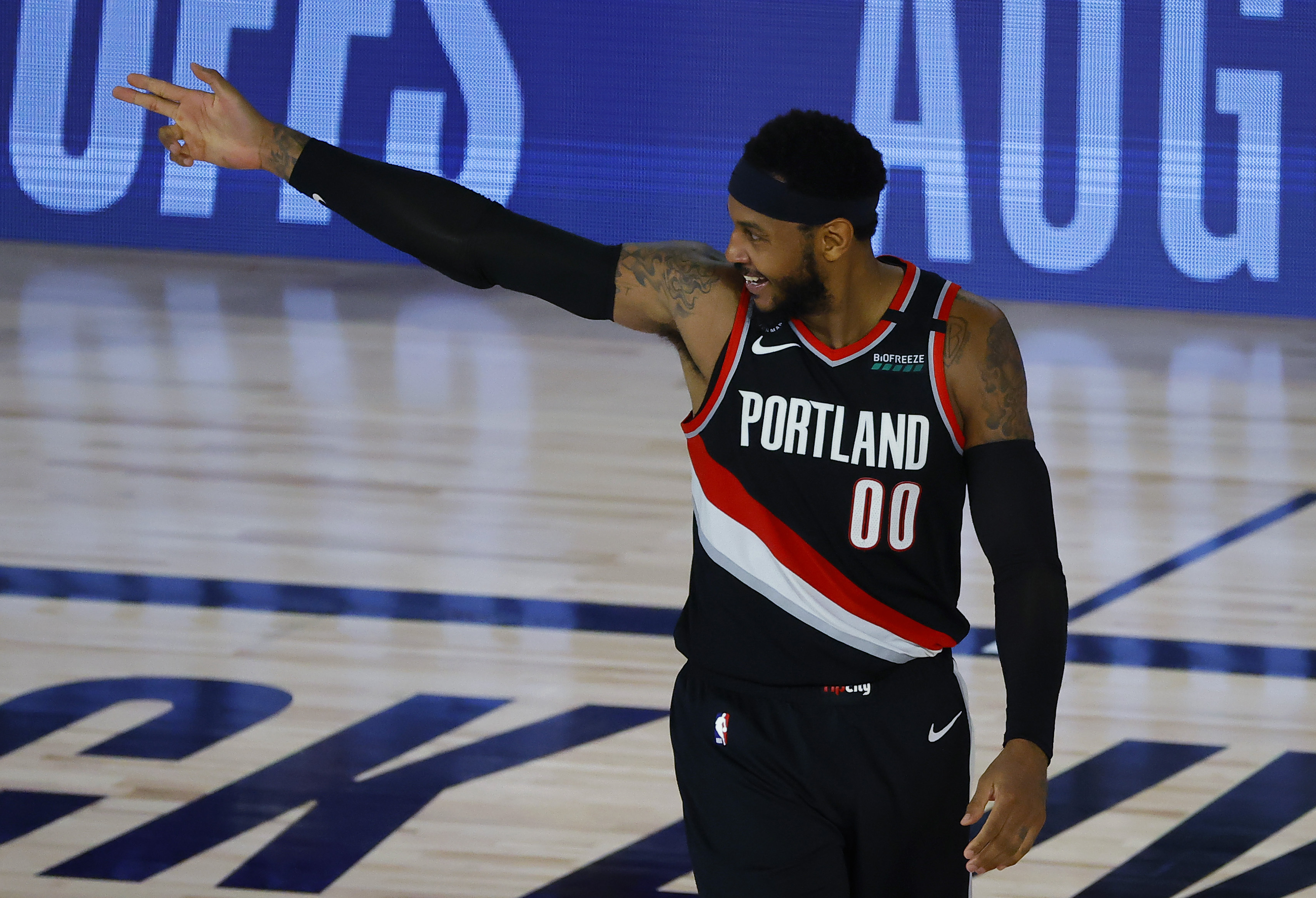 Portland Trail Blazers Forward Carmelo Anthony Faces Best Buddy Los Angeles Lakers Star Lebron James Game 1 Preview Odds Time Tv Channel How To Watch Free Live Stream Online Oregonlive Com