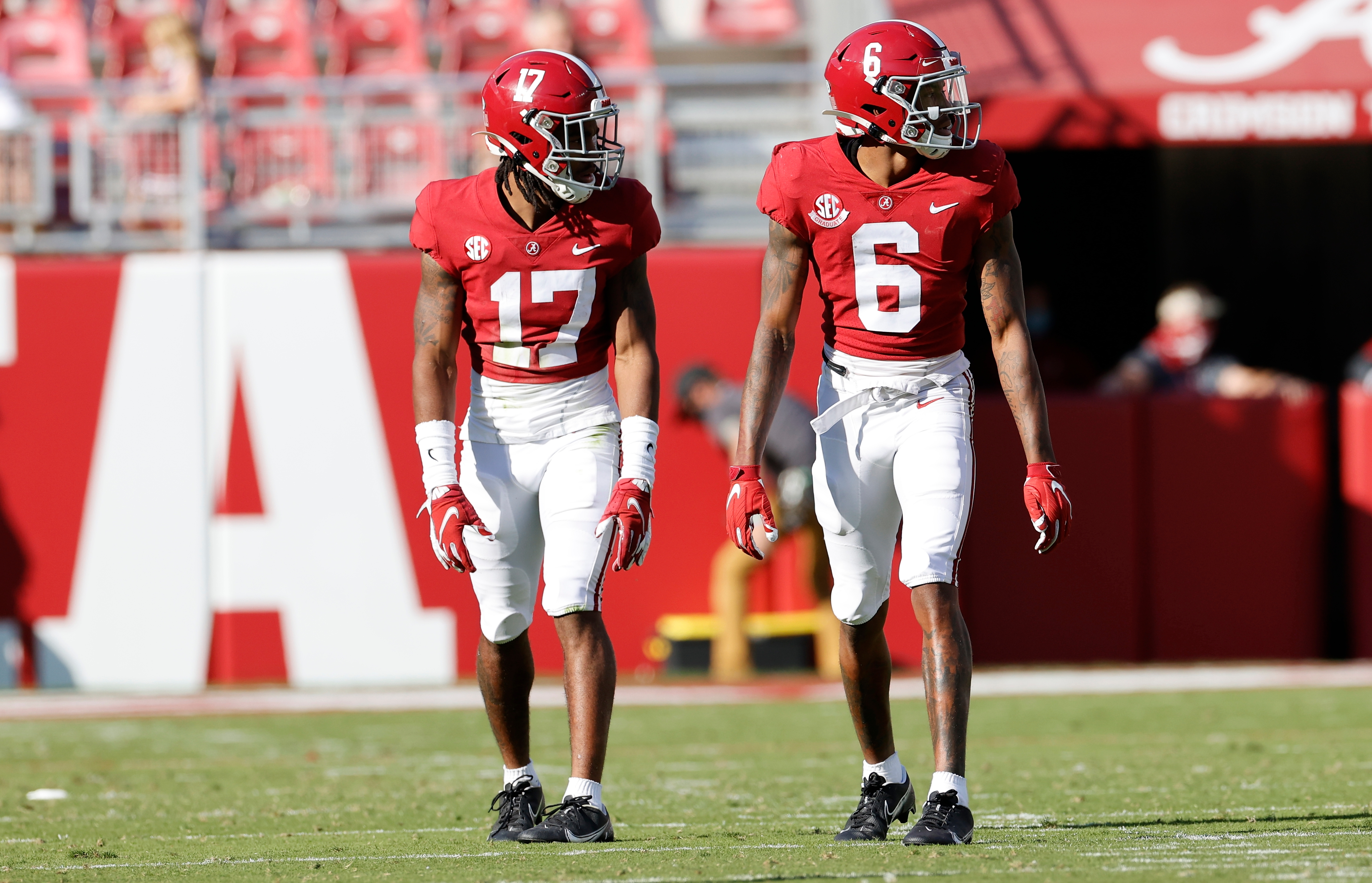 Image result for jaylen waddle devonta smith, who could be Patriots draft targets should they fall