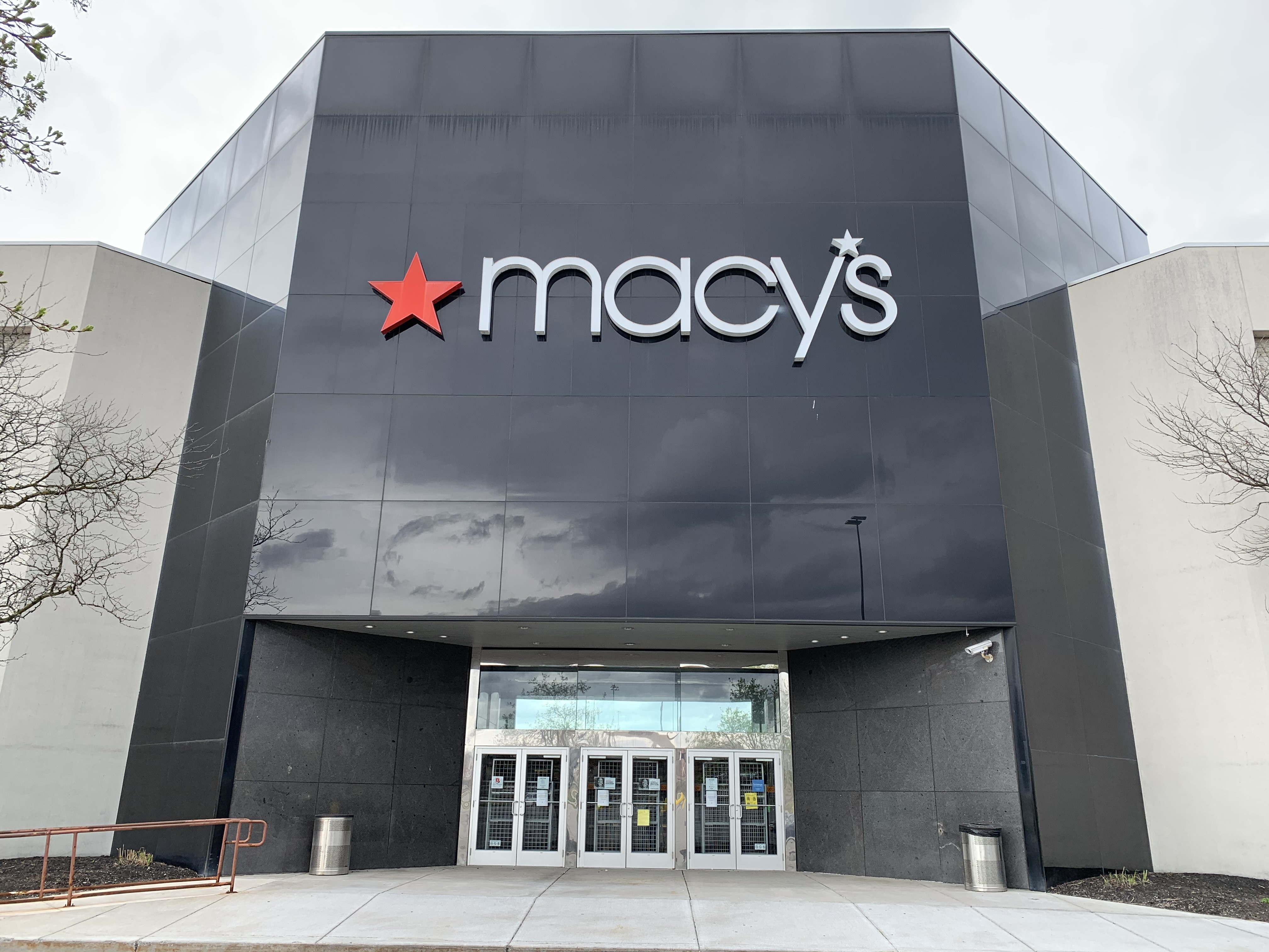 Macy S Planning On Reopening All Stores Within Eight Weeks