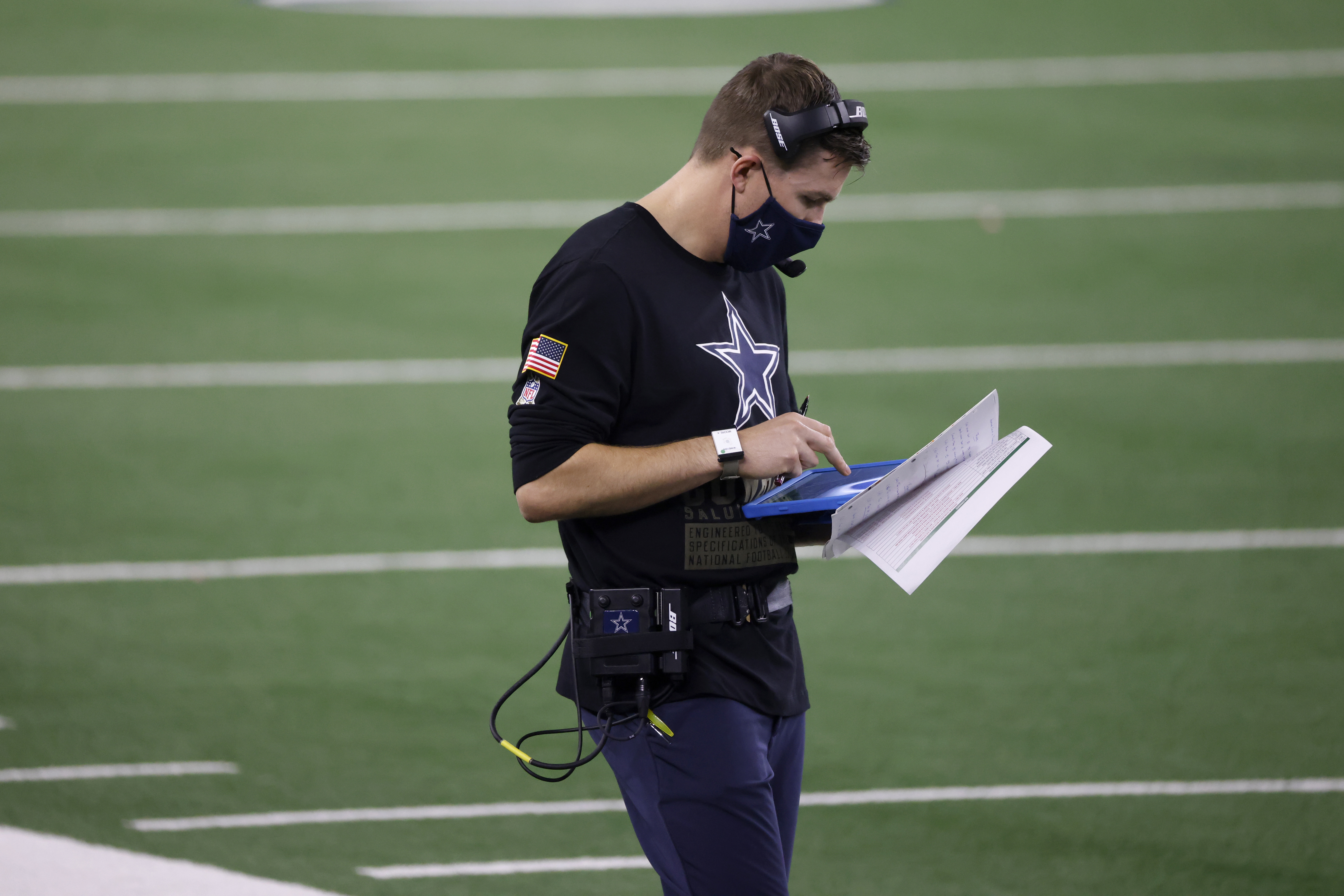 Report: Eagles interview Cowboys offensive coordinator Kellen ...