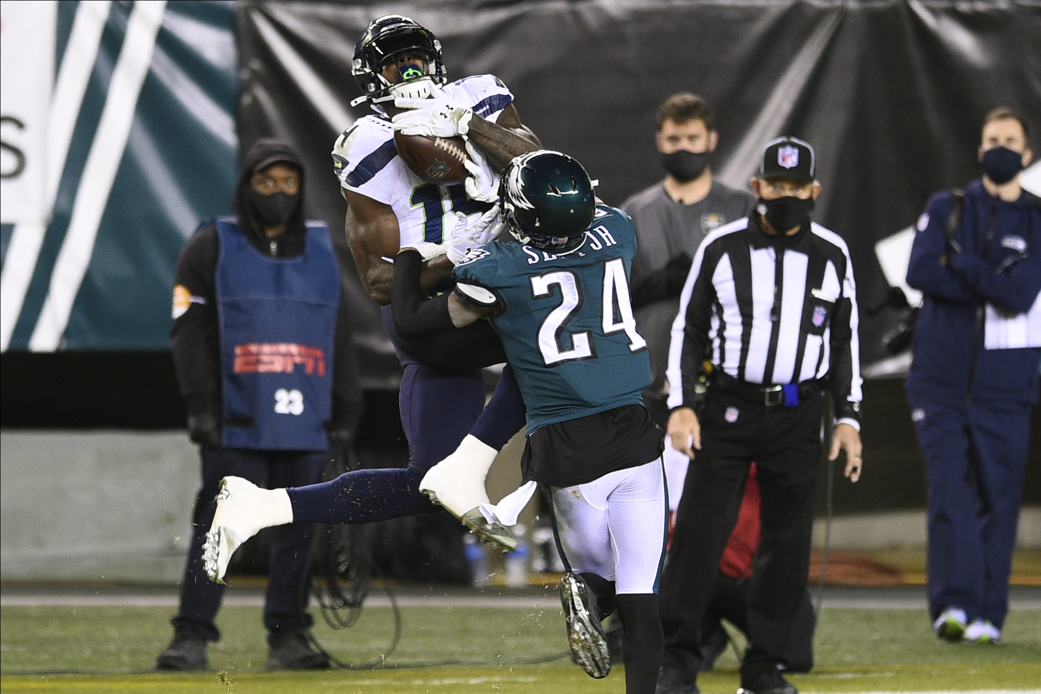 That Game Was On Me Darius Slay Takes Responsibility After Seahawks Dk Metcalf Torches Eagles Pennlive Com