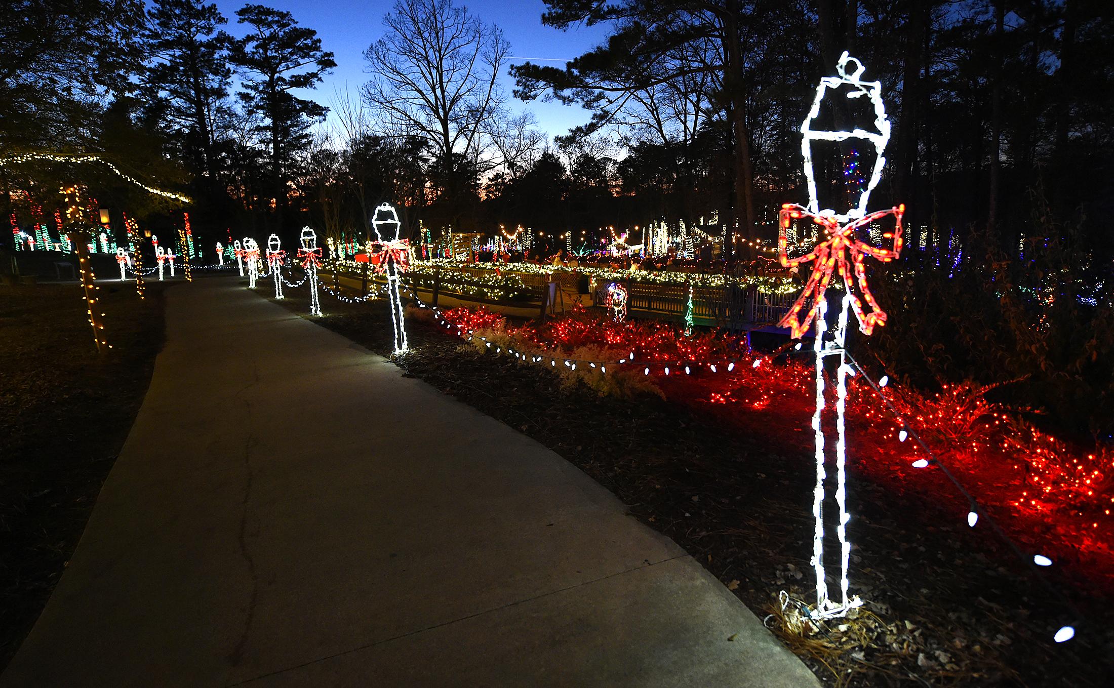 Rolla Christmas Lights Dec 2021 Check Out These Joyous Christmas Lights Across Alabama Al Com