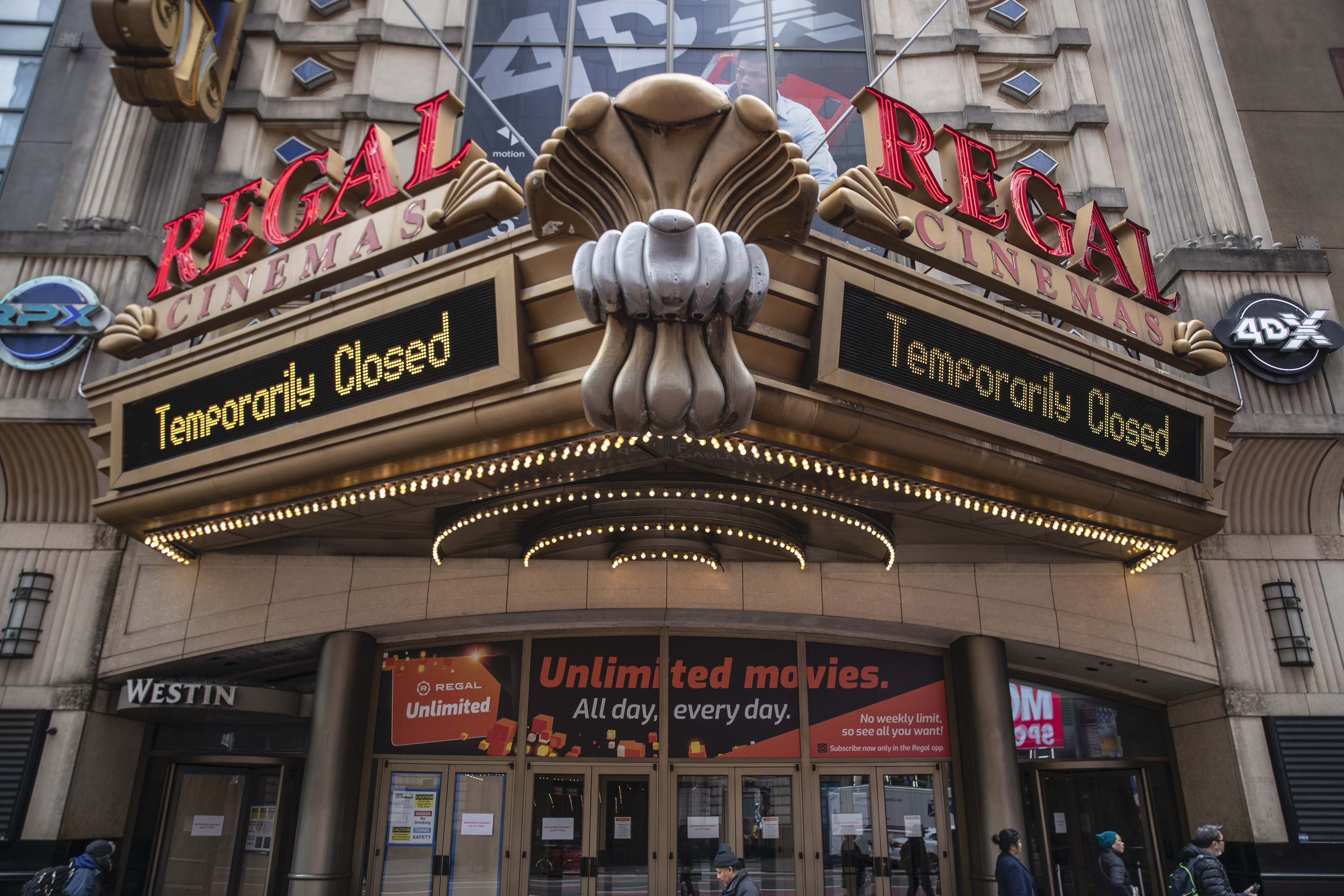 regal cinemas suspending operations at all 536 theaters where in n j when they close ticket refund info nj com https www nj com business 2020 10 regal cinemas temporarily closing all theaters when where why info on ticket refunds html