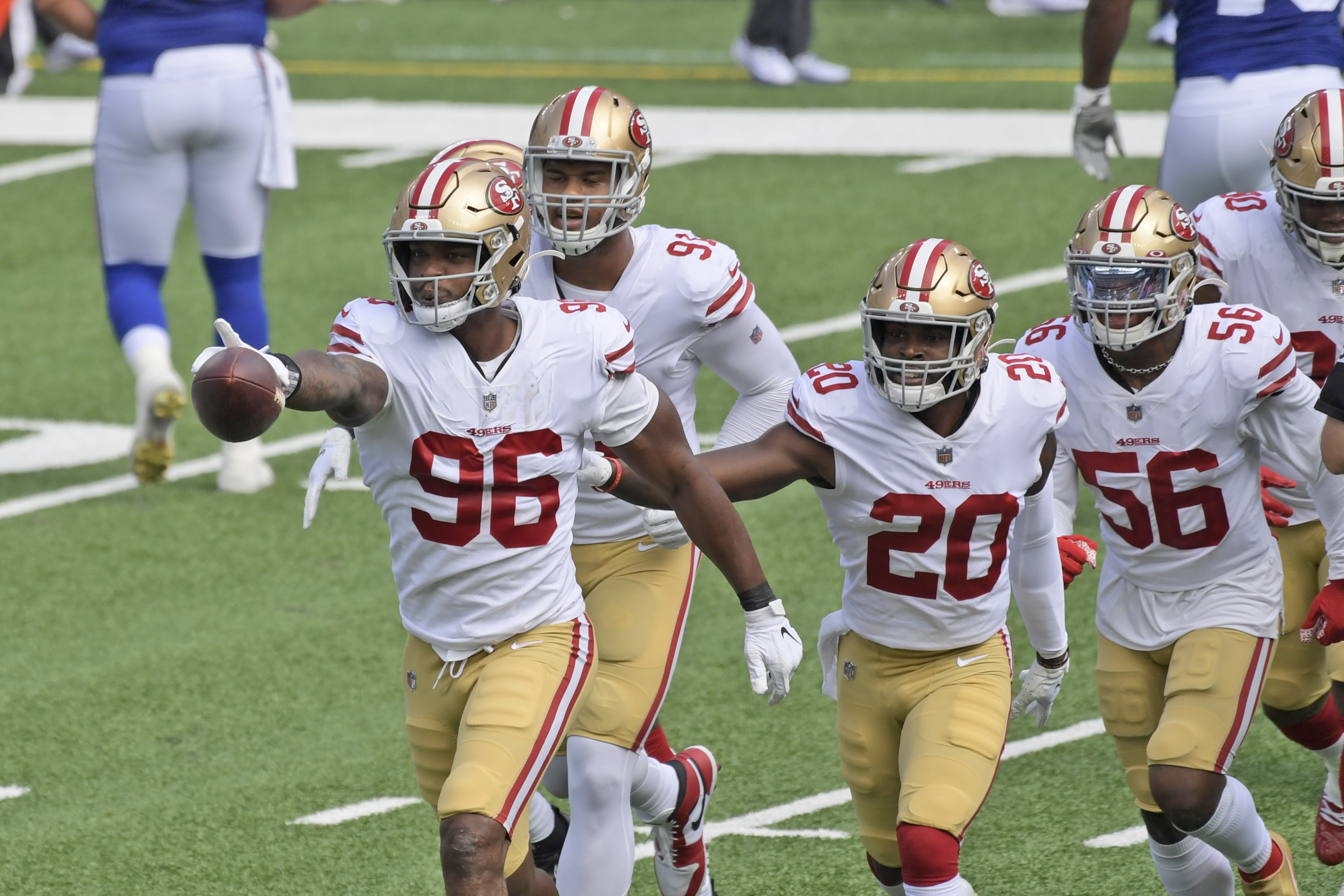 Watch: Former Oregon Duck Dion Jordan recovers fumble, posts sack in first  game with the San Francisco 49ers - oregonlive.com