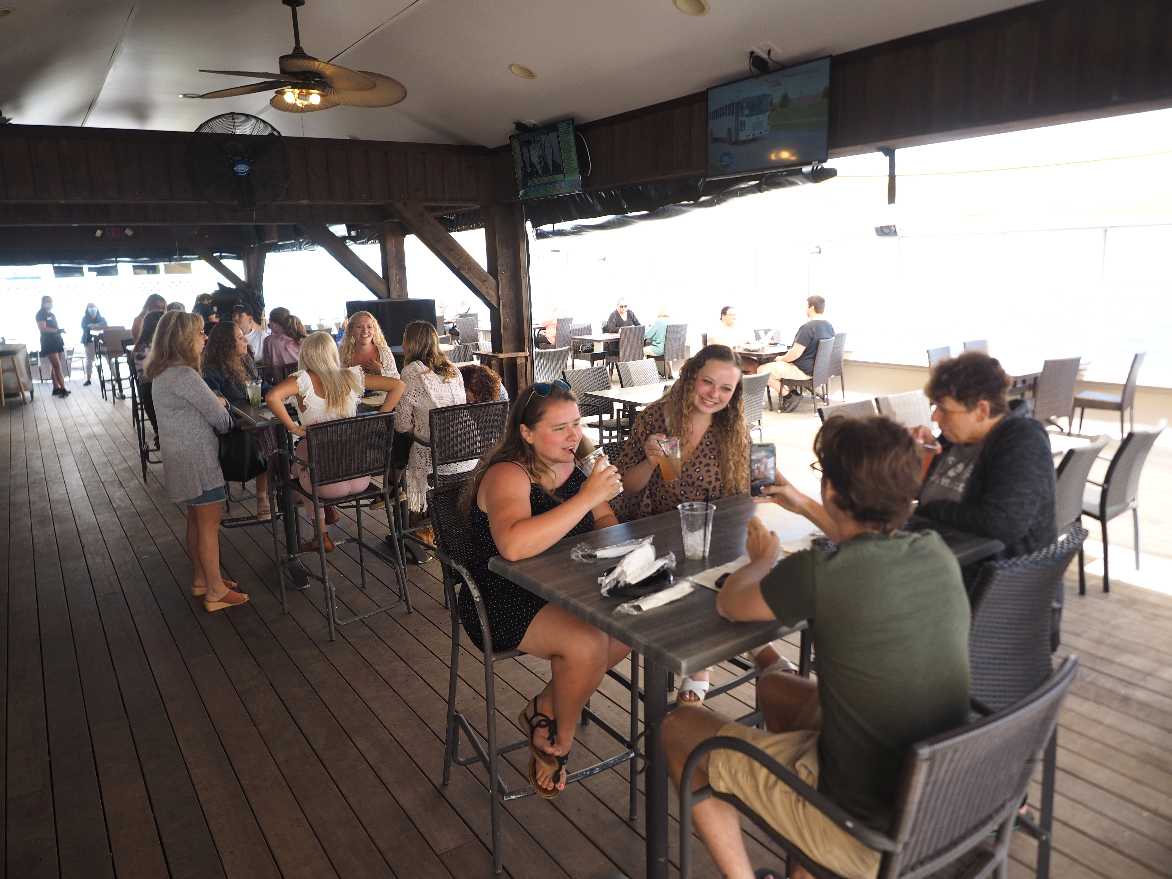 N J Outdoor Dining Gets Off To A Promising Start At Restaurants Around The State Nj Com