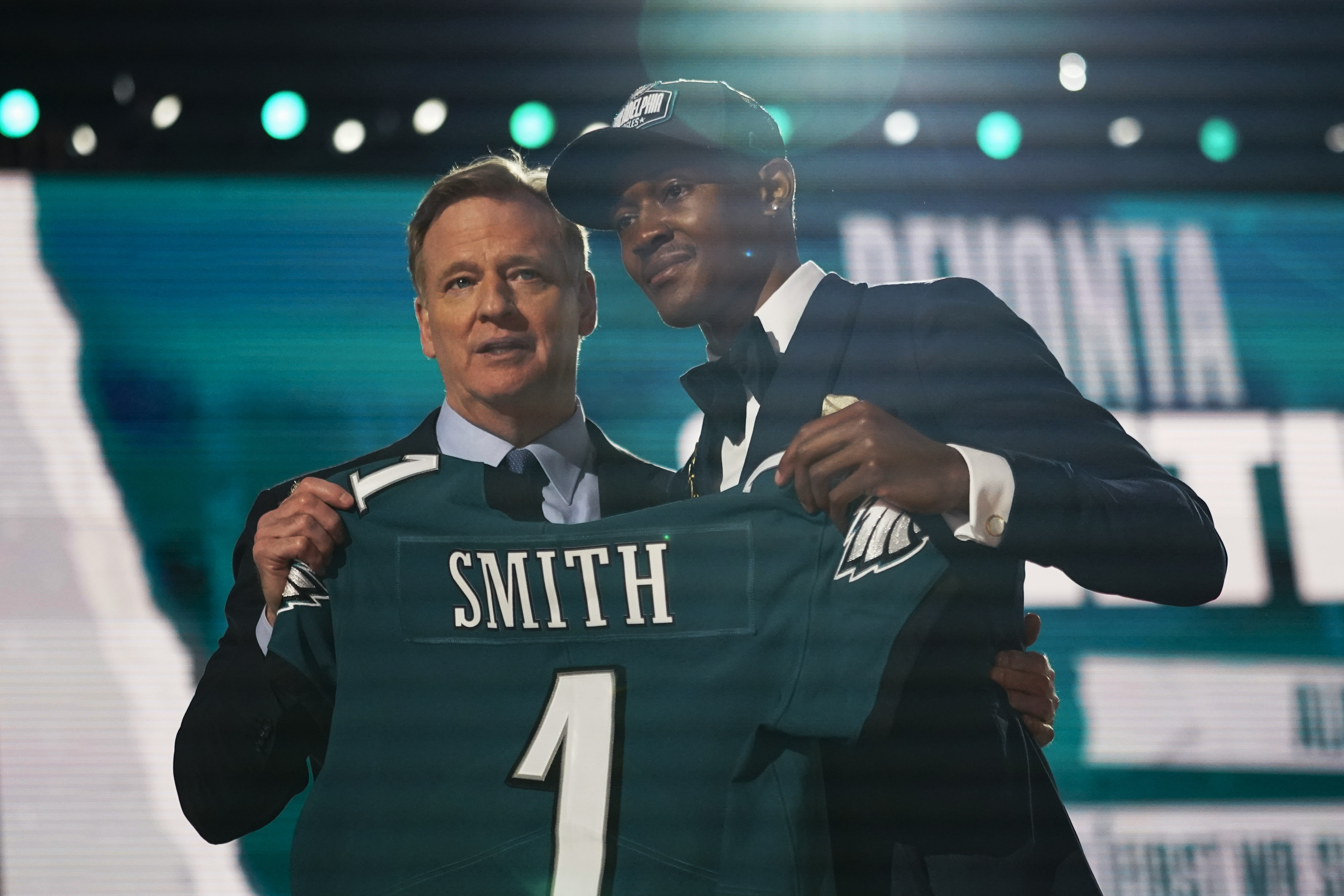 DeVonta Smith to the Philadelphia Eagles: What they're saying about the No.  10 pick in the 2021 NFL Draft - pennlive.com