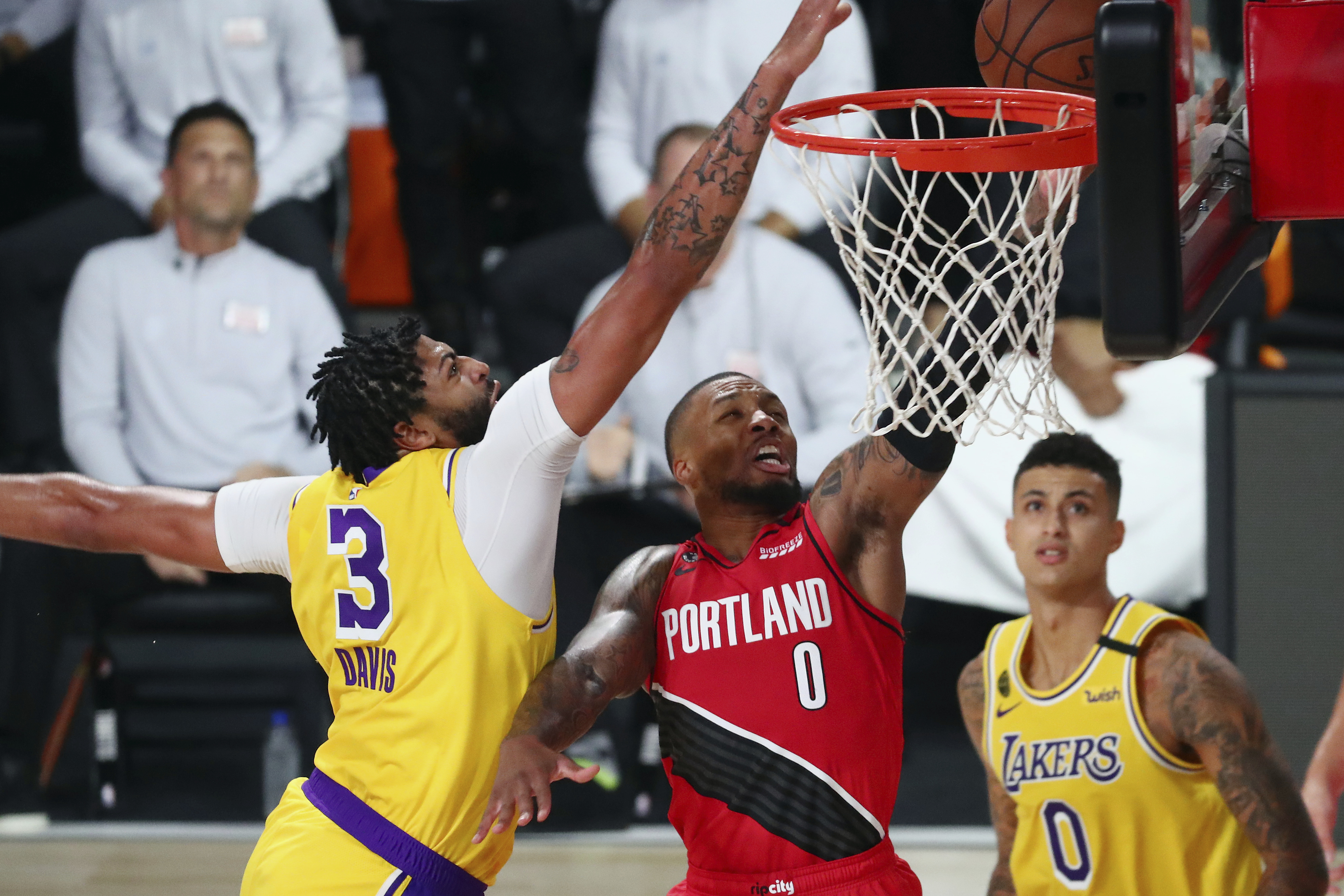 Los Angeles Lakers deal Portland Trail Blazers blowout loss in ...