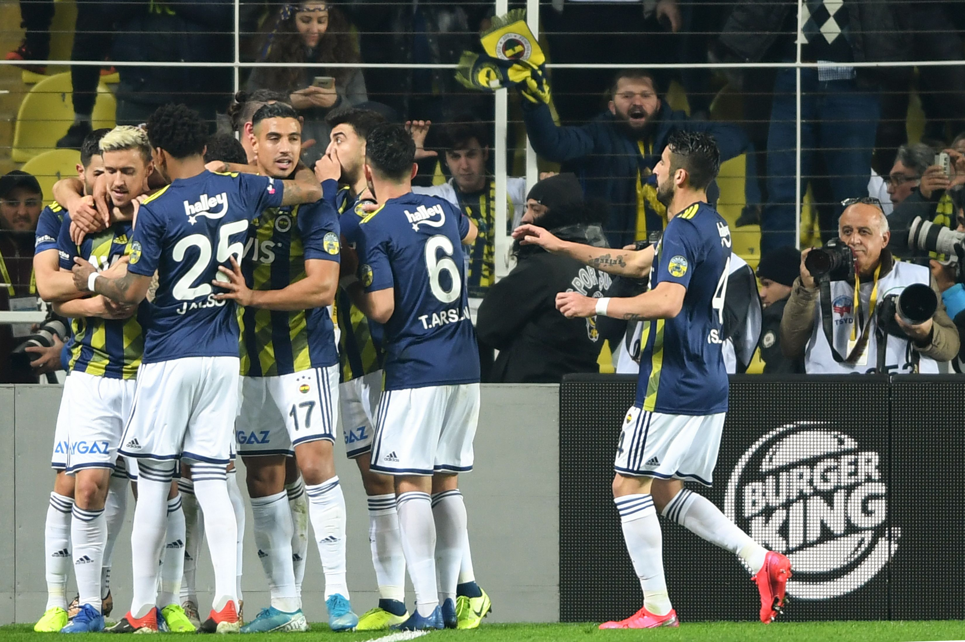 Turkish Super Lig Soccer Fenerbahce Vs Kayserispor Live Stream How To Watch Sports Amid Coronavirus Masslive Com