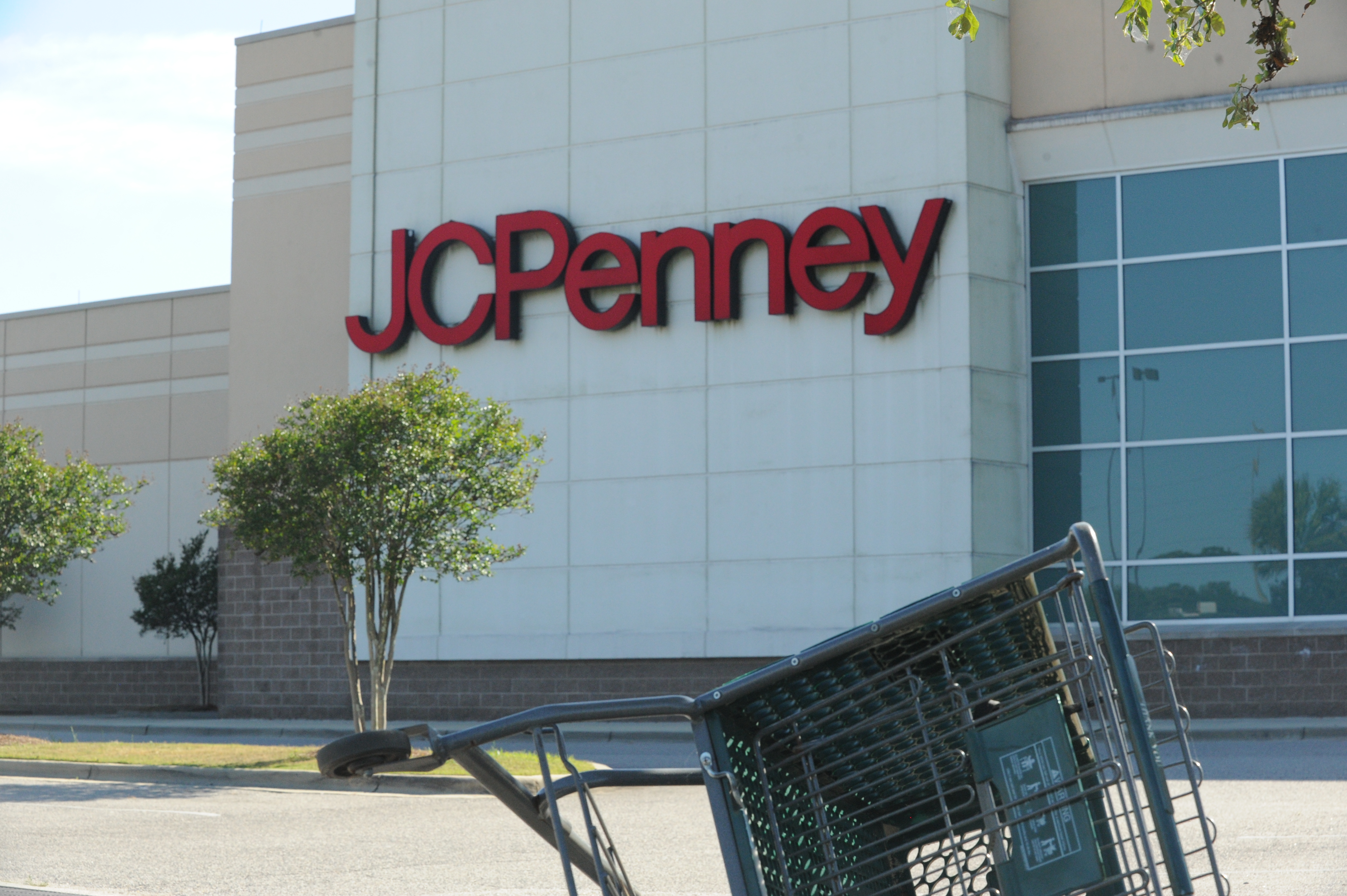 Jcpenney Closing Some Stores After Filing For Bankruptcy Here Are Of The Best Deals Silive Com