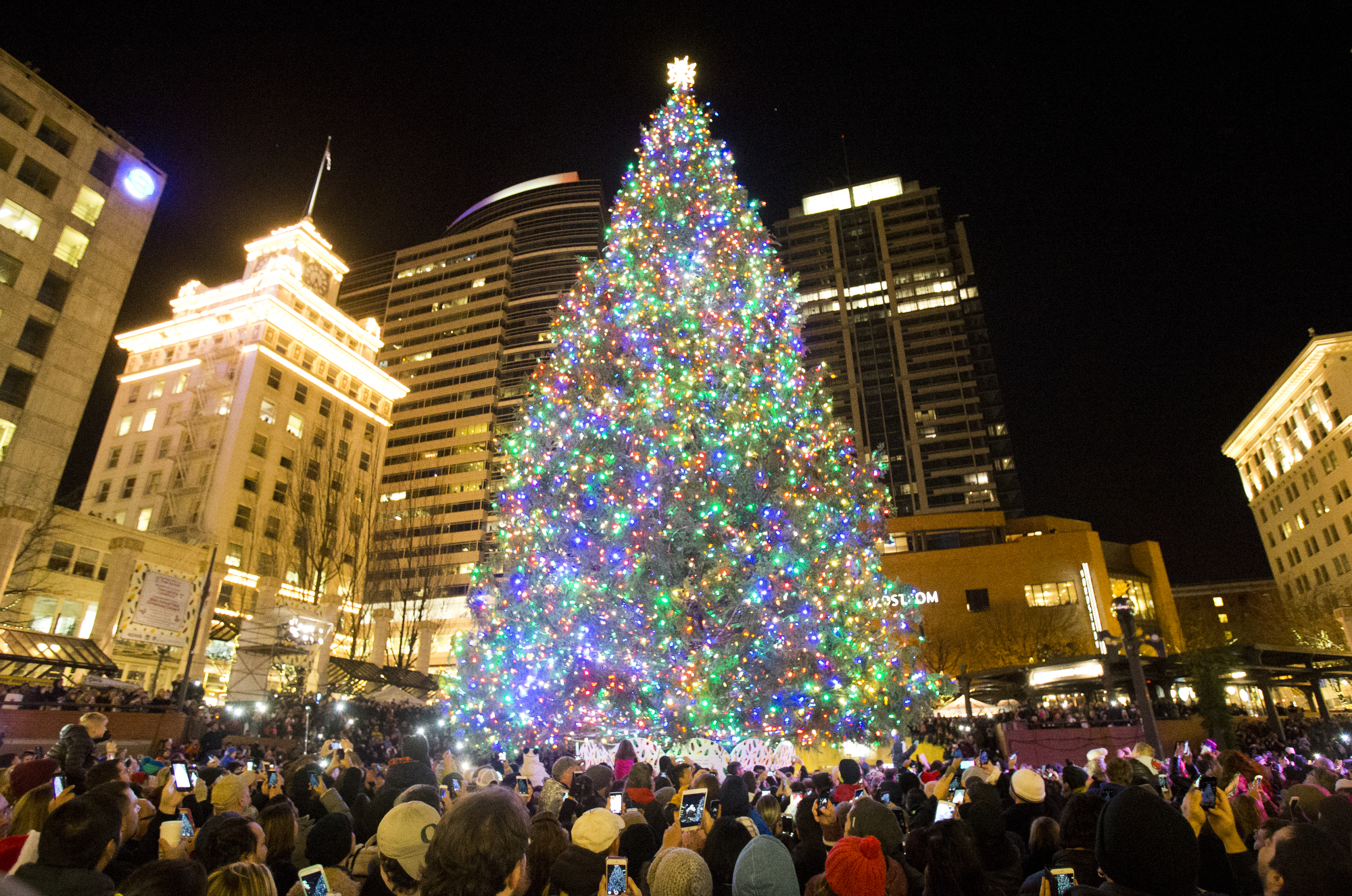 Which Portland holiday traditions are canceled for 2020? Which are