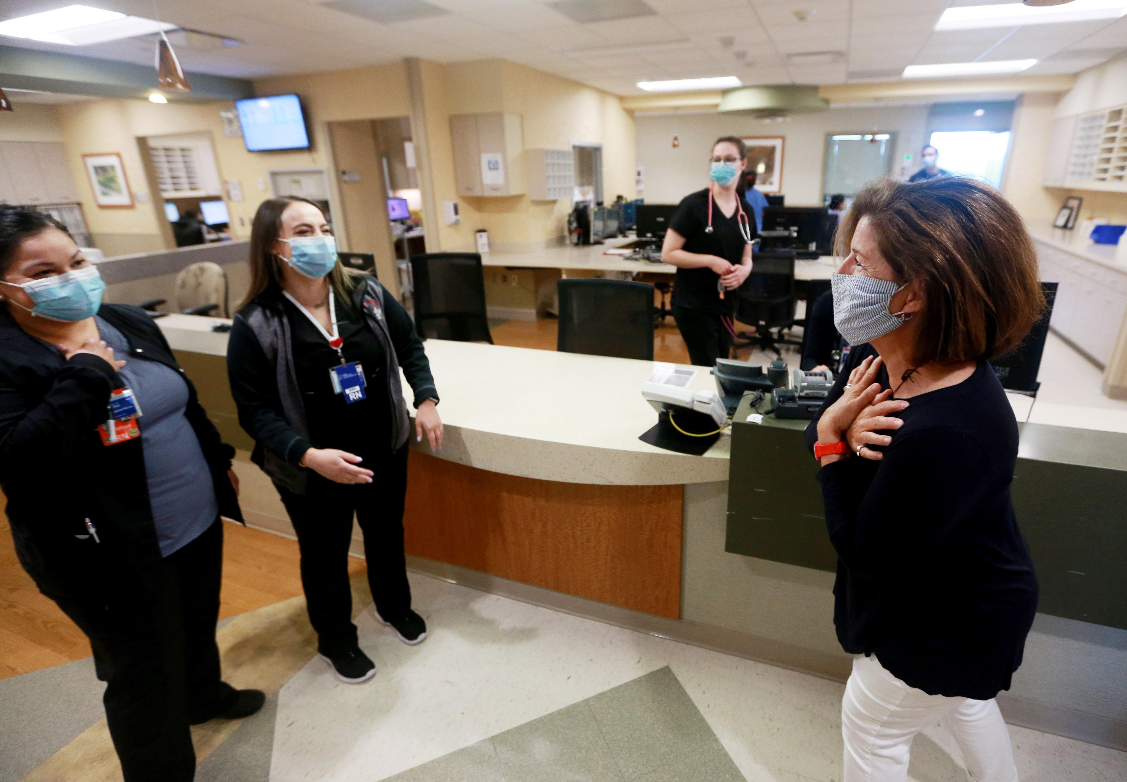 Covid 19 Patient Returns To Thank Hospital Staff Nj Com