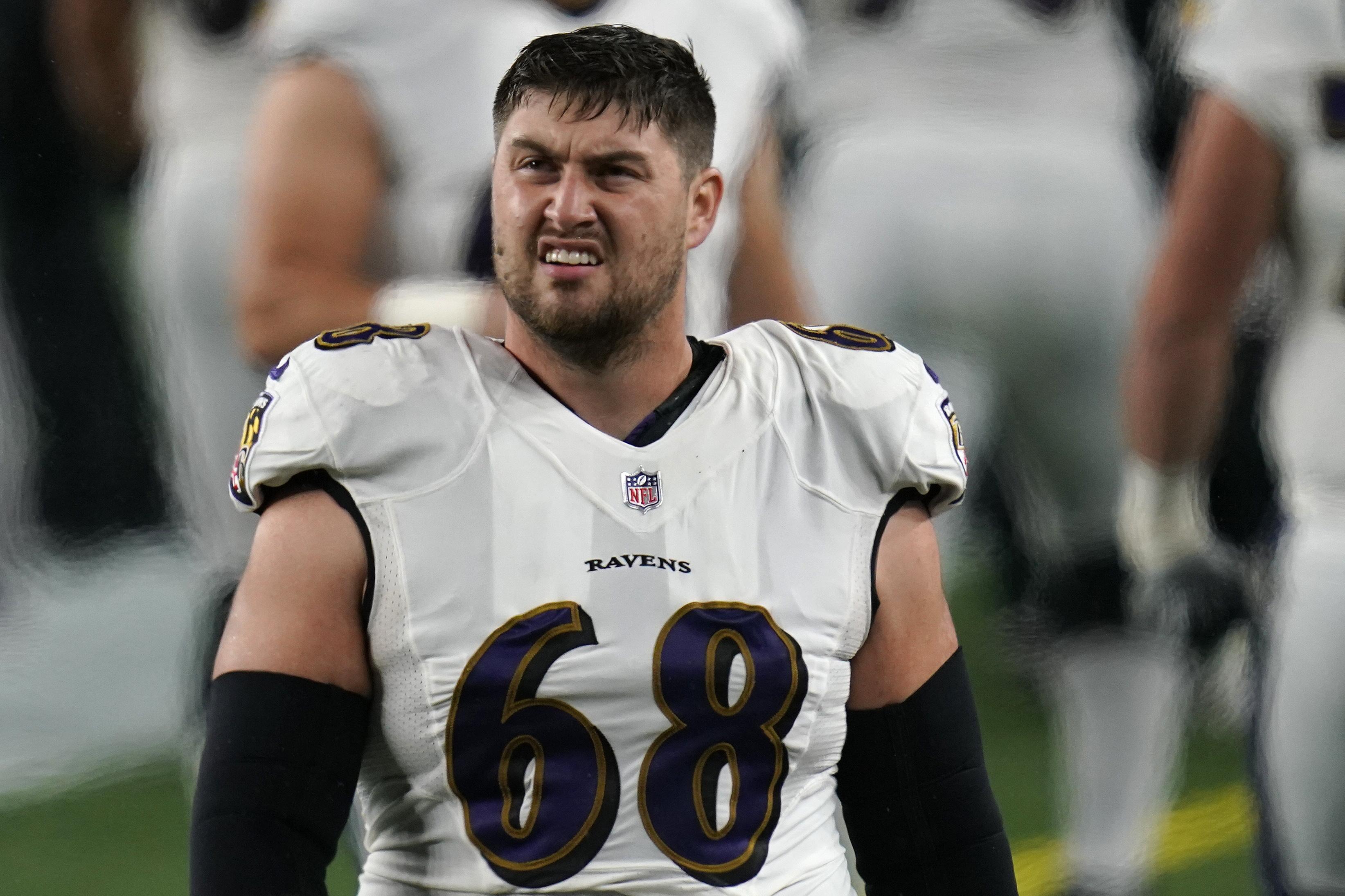 Baltimore Ravens' Matt Skura indicates family received ...
