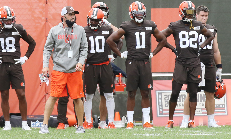Browns Claim De Joe Jackson Nt Vincent Taylor Sign Garrett Gilbert Cb A J Green K Cody Parkey To Practice Squad Waive Pharoah Brown Eli Ankou Cleveland Com