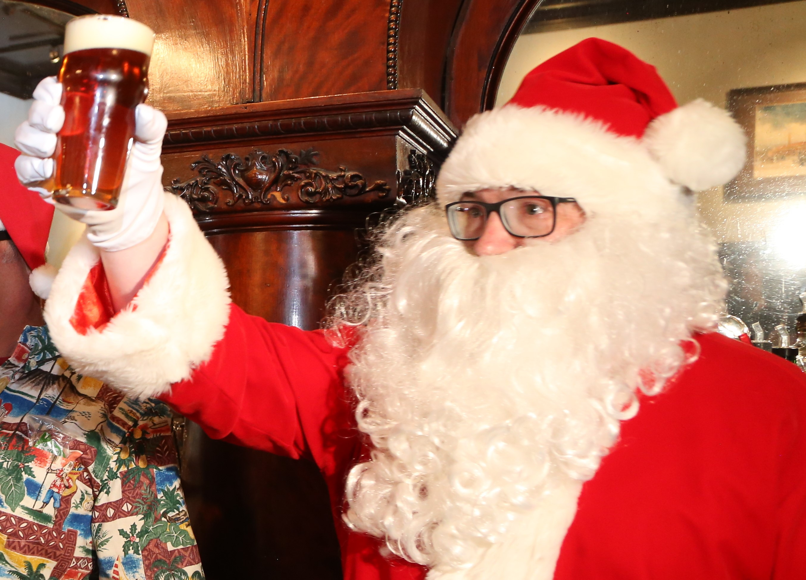 Holly Jolly Christmas Expo 2021, Pinecrest Event Center, December 1 Christmas Ale Guide 60 Greater Cleveland Breweries Offering Seasonal Spicy Brews Cleveland Com