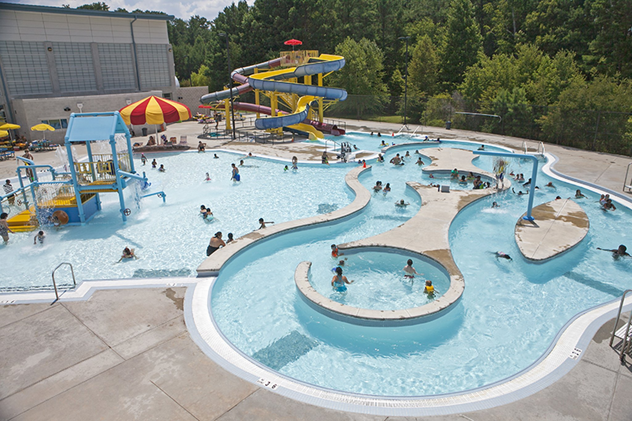Water Slides And Lazy Rivers What You Ll Find At Gwinnett Pools