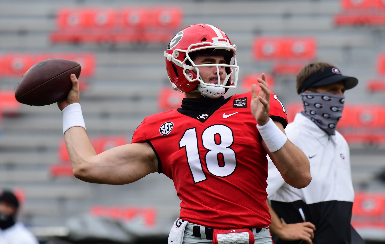 Coach on QB JT Daniels: Georgia Bulldogs need to 'turn him loose'