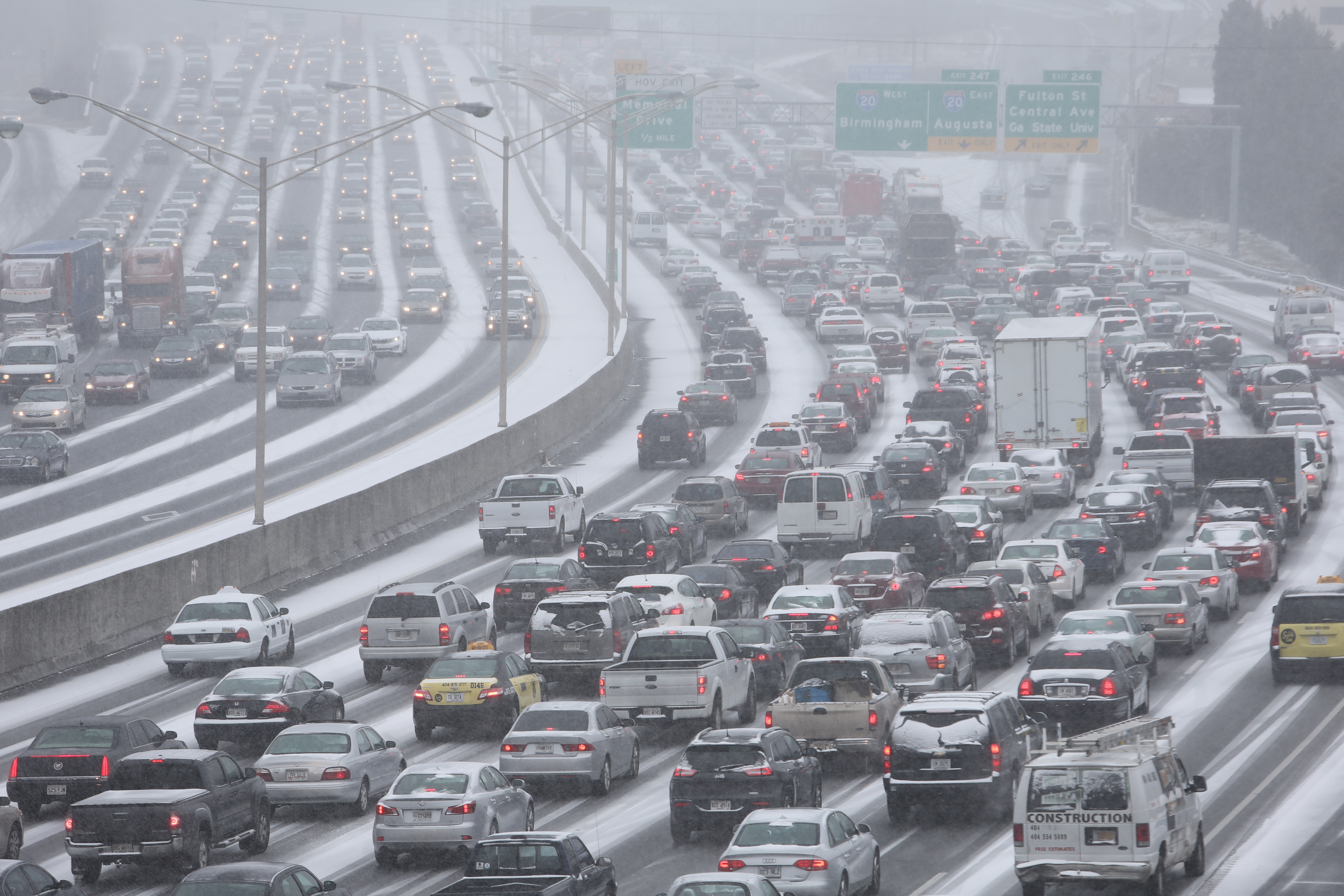 Atlanta Weather Stranded In Your Car Here S What You Should Do