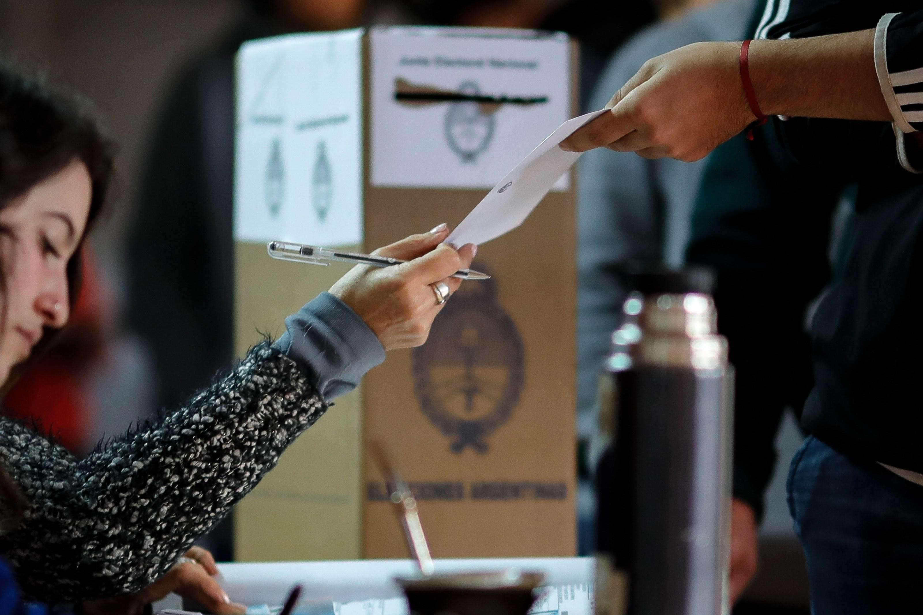 A las urnas en pandemia: en qué gastará el Gobierno los $19 mil millones que costarán las elecciones