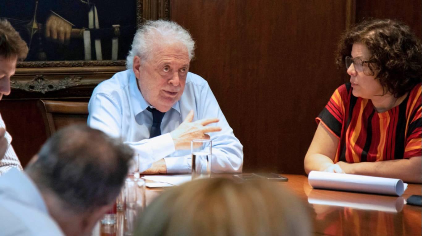 La Justicia ya tiene los mails que el Ministerio de Salud intercambió con AstraZeneca, pero no pudo acceder al correo de Ginés González García