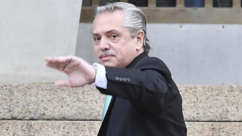 El plan de Alberto Fernández para relanzar la campaña con un acto en José C Paz: baño de militancia y todos adentro