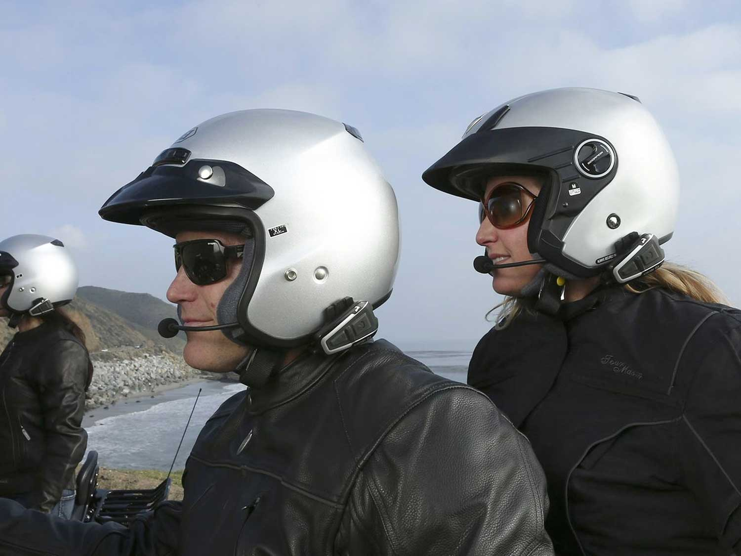 5 Top Motorcycle Headsets For Every Rider And Budget Motorcycle Cruiser