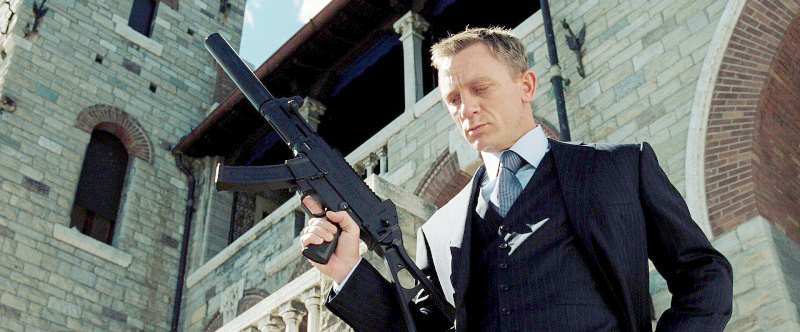 gun james bond casino