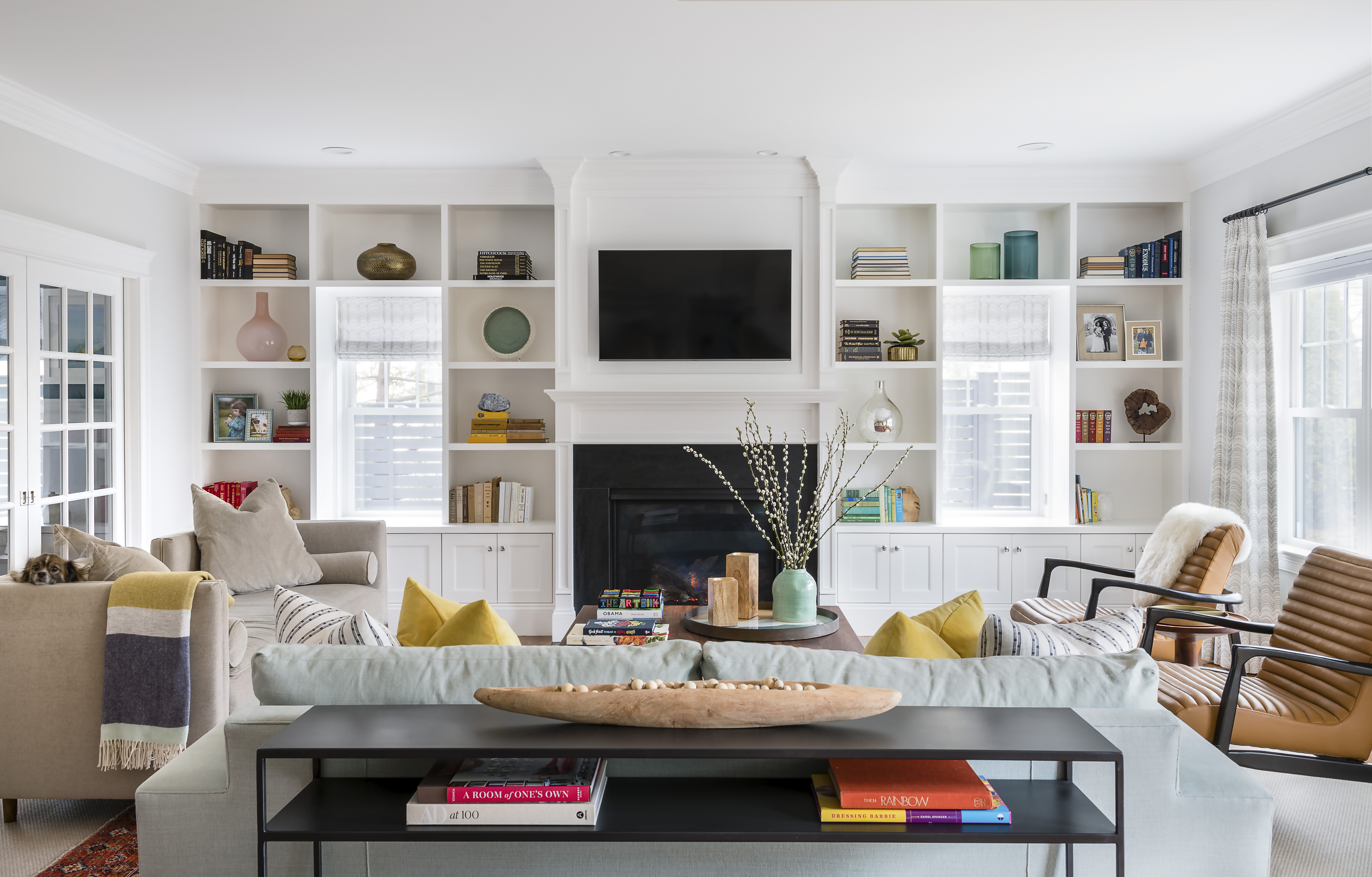Home design ideas: Bringing pops of color into a family room - The