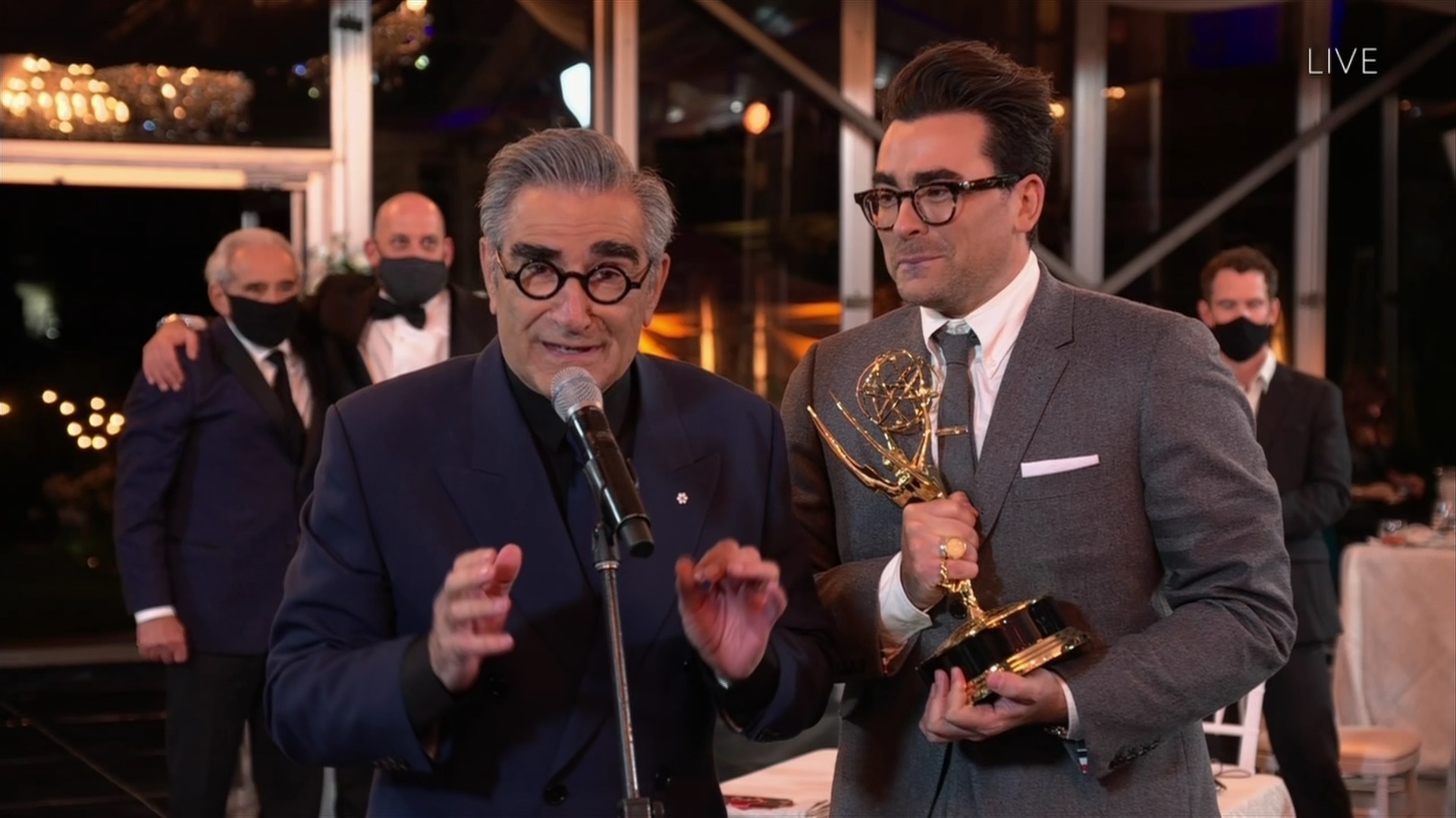 A sweep for 'Schitt's Creek,' wins for 'Watchmen,' 'Succession,' at Emmy  Awards - The Boston Globe