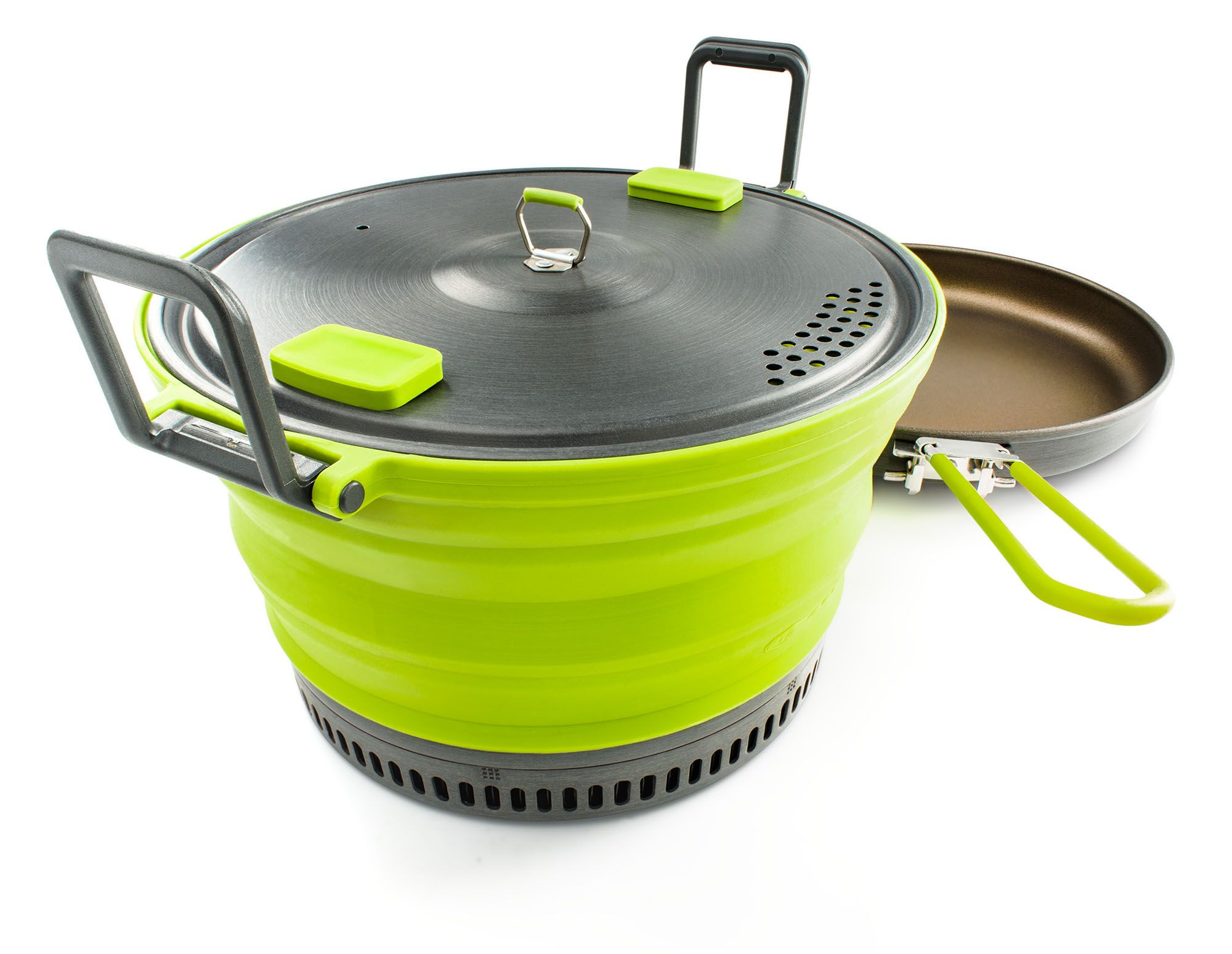 GSI's Escape series of pots and bowls collapse down for easy transport.