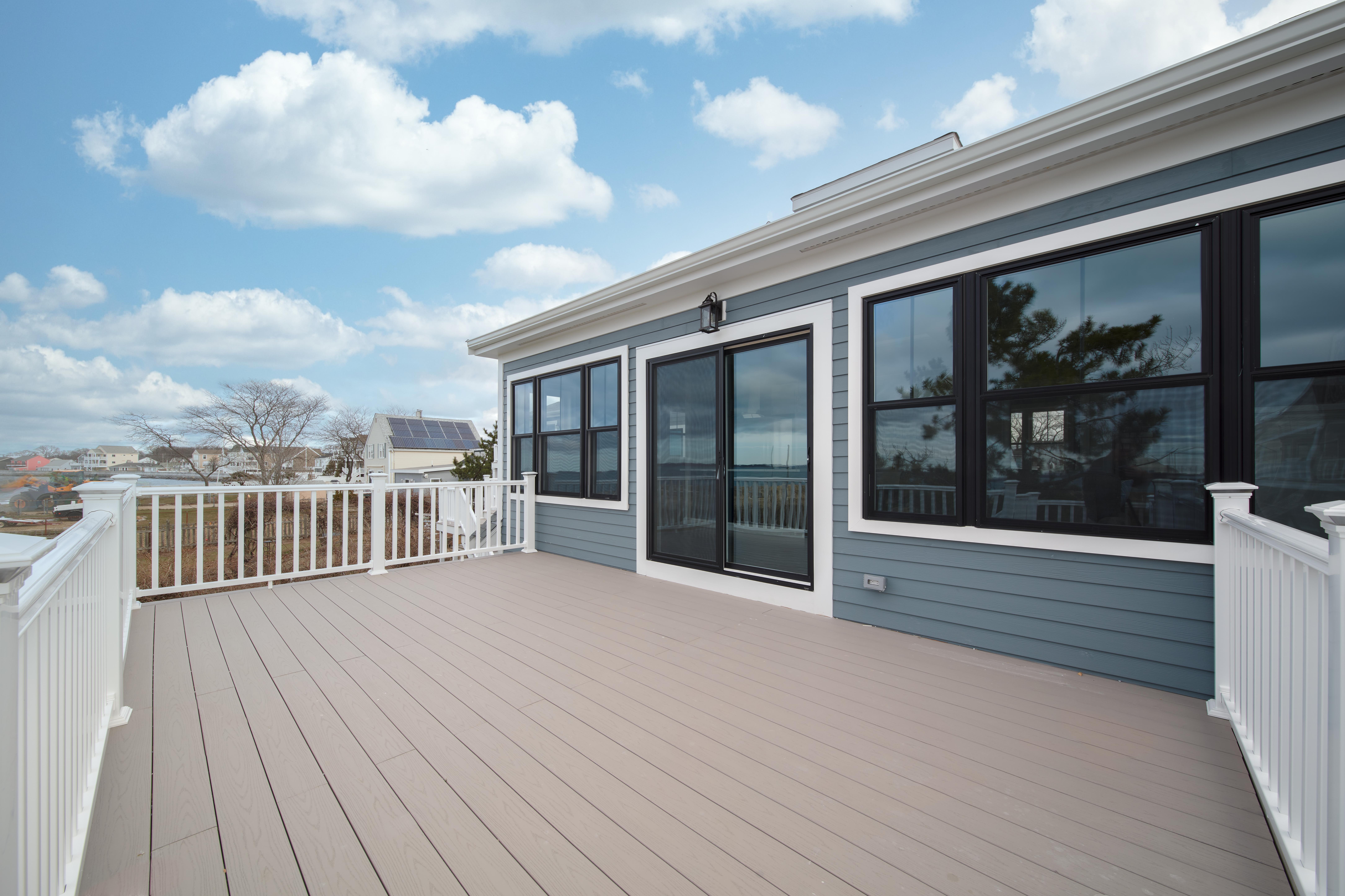 8-shoreside-road-quincy-deck