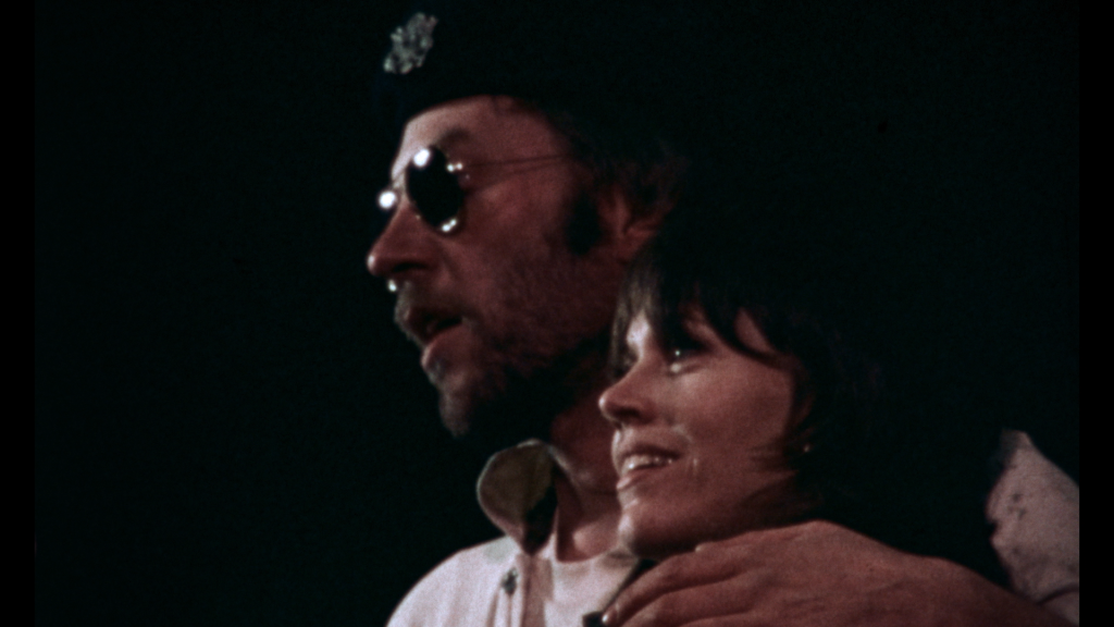 """Donald Sutherland i Jane Fonda w """"FTA"""""""