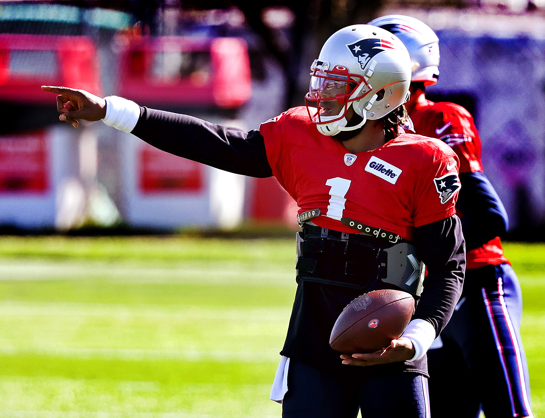 Cam Newton Returns And Sets The Tone As Patriots Resume Practicing Thursday The Boston Globe