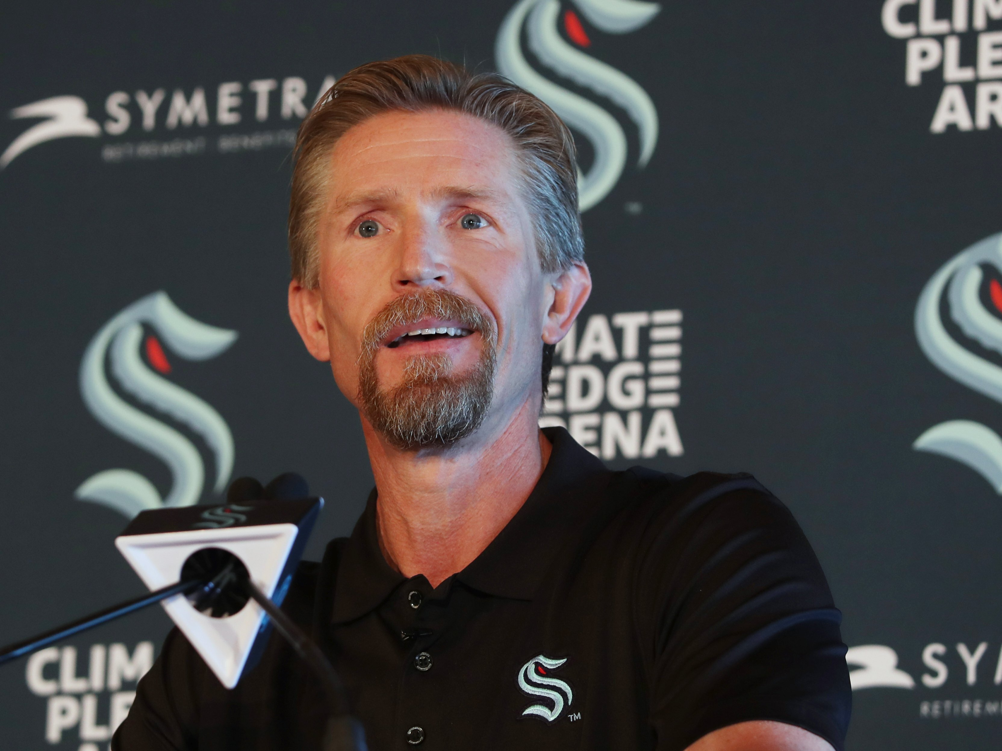 Former Flyers coach Dave Hakstol is taking over the expansion Seattle Kraken ahead of their first season.
