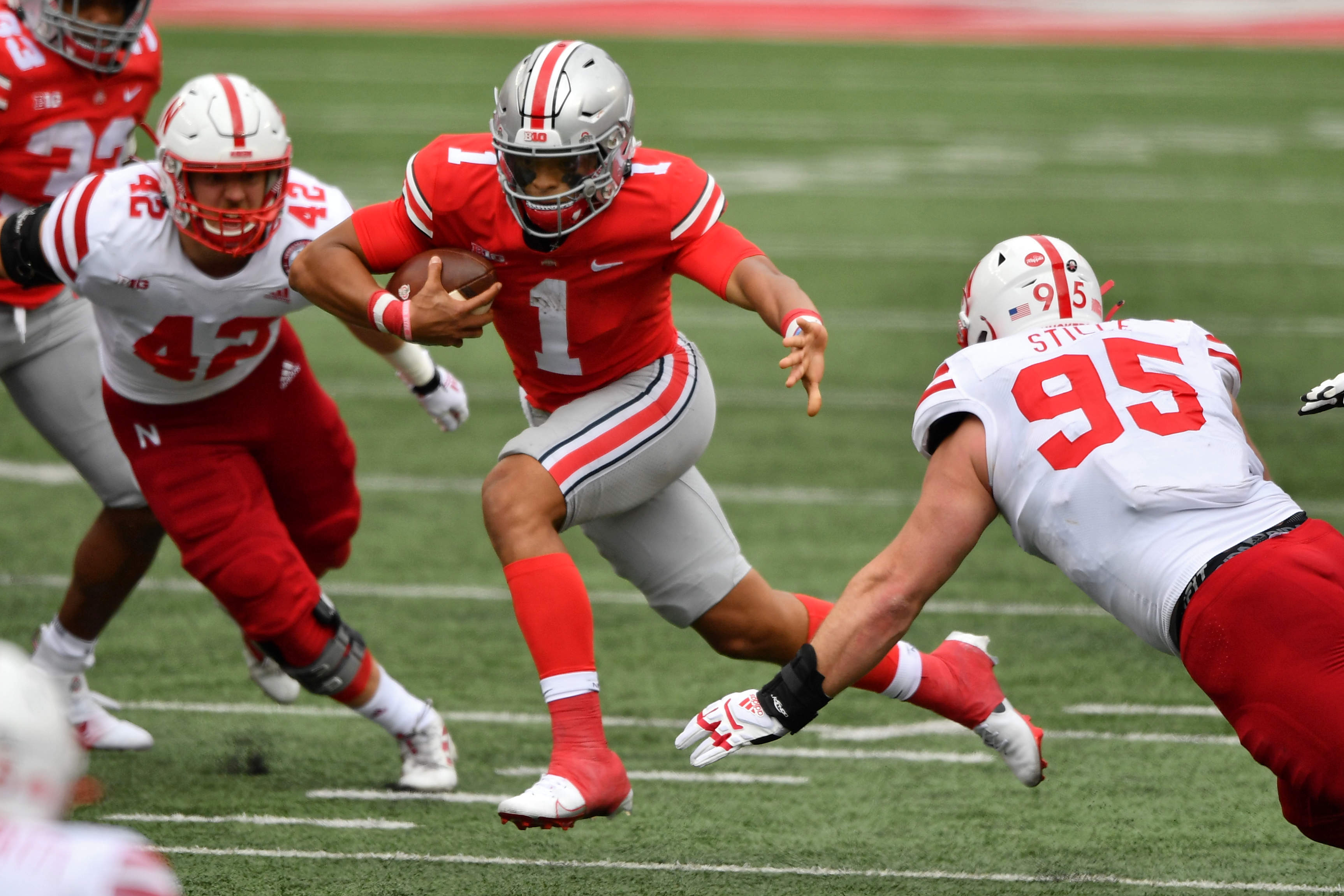 Strong Showing For Justin Fields Ohio State In Big Ten Opener The Boston Globe