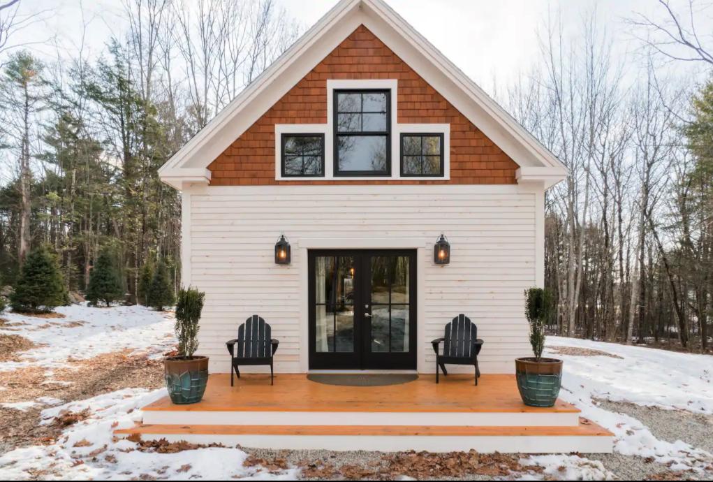 Cabin in Pownal, Maine.