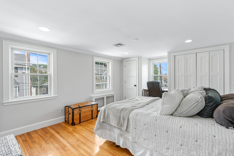 10-barna-road-boston-chambre-1