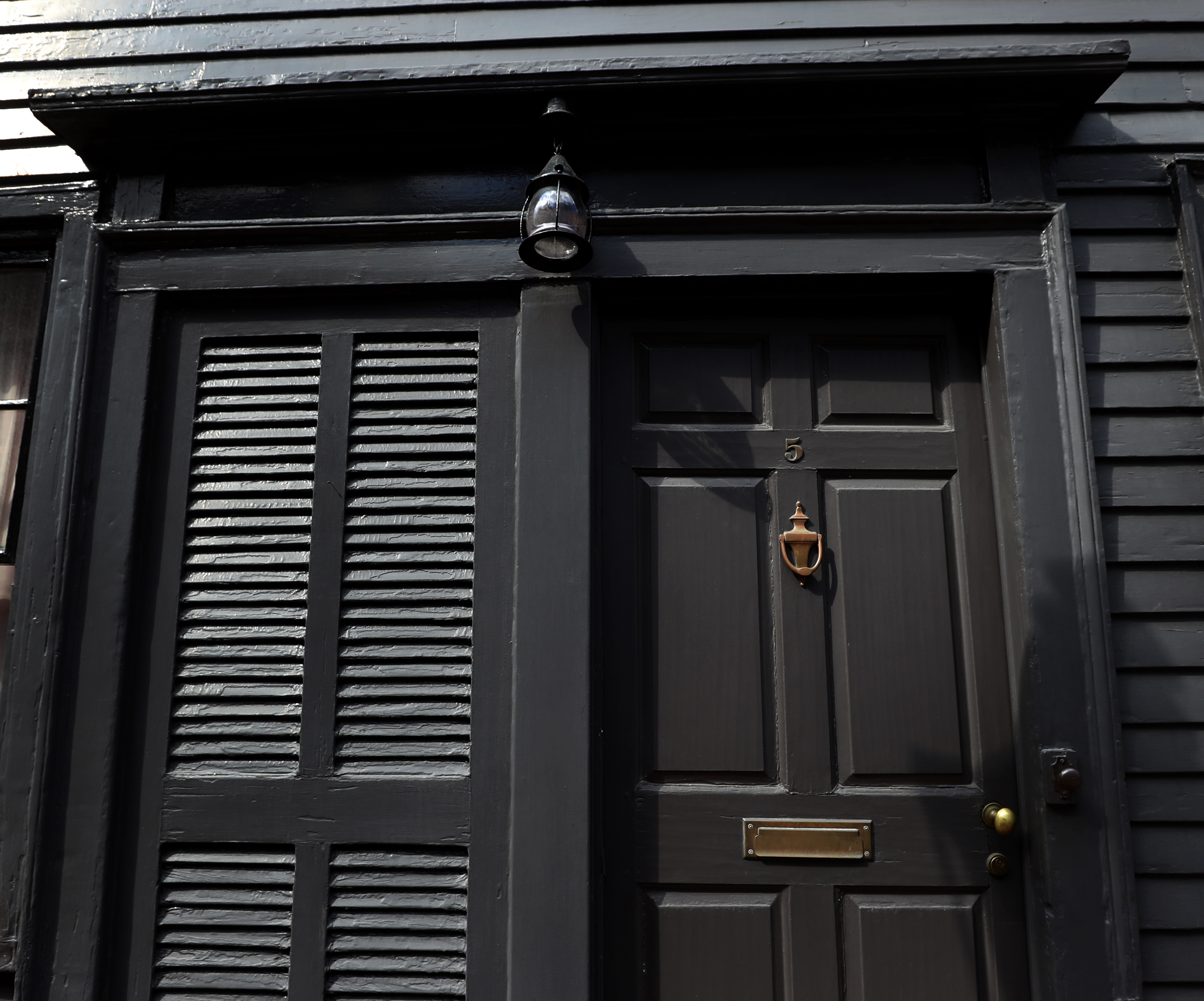 A detail of the George Middleton House, 5 Pinckney St., Boston.