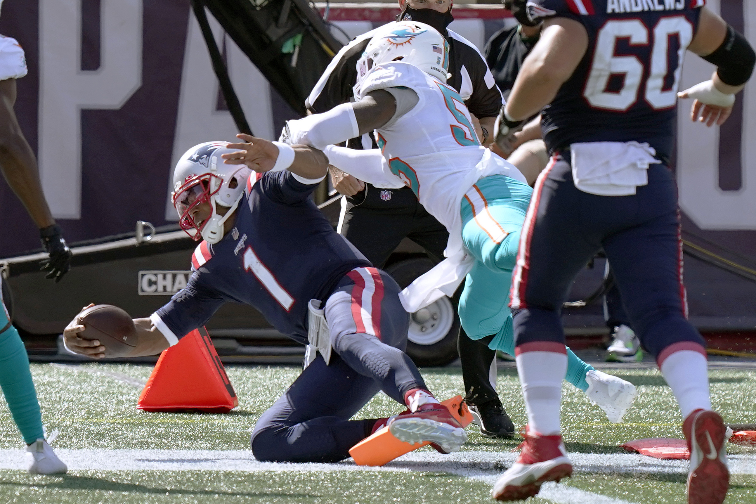 Cam Newton's debut begins with a rush as Patriots run over Dolphins, 21-11  - The Boston Globe