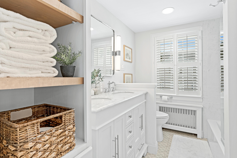 10-barna-road-boston-étagères-de-bain