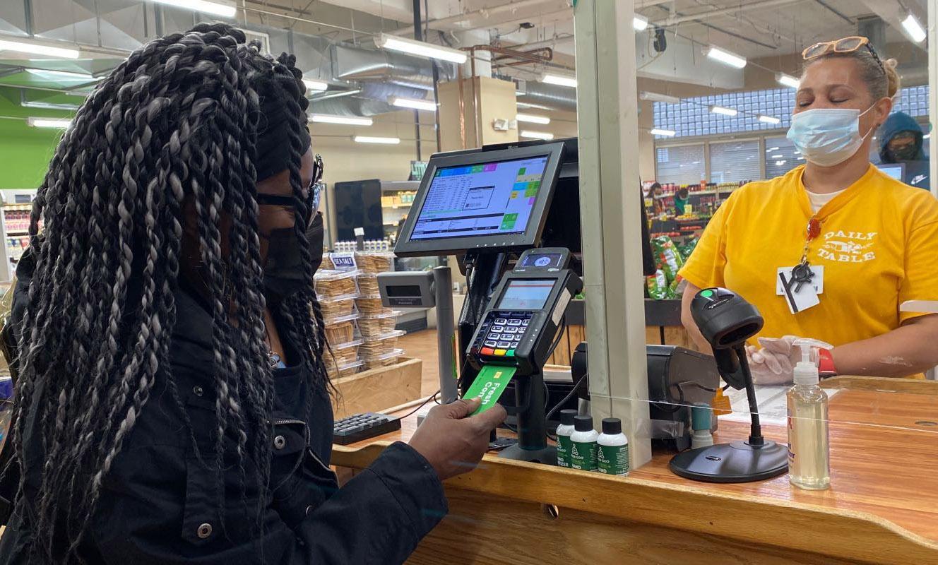 bostonglobe.com - Janelle Nanos - A prescription for... food. Debit card program enables doctors to help patients buy healthy groceries