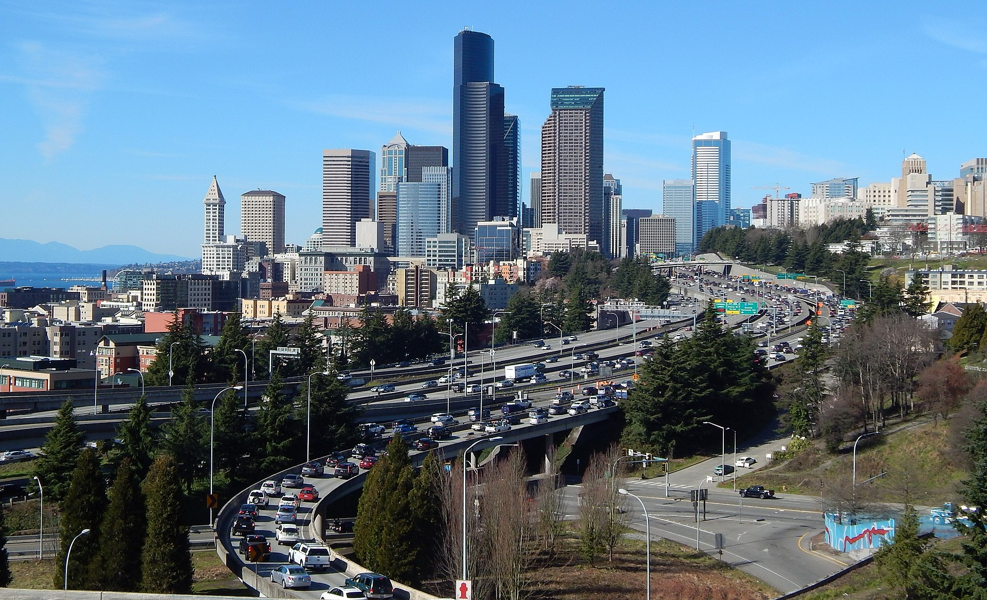 Seattle named 8th costliest commute in US