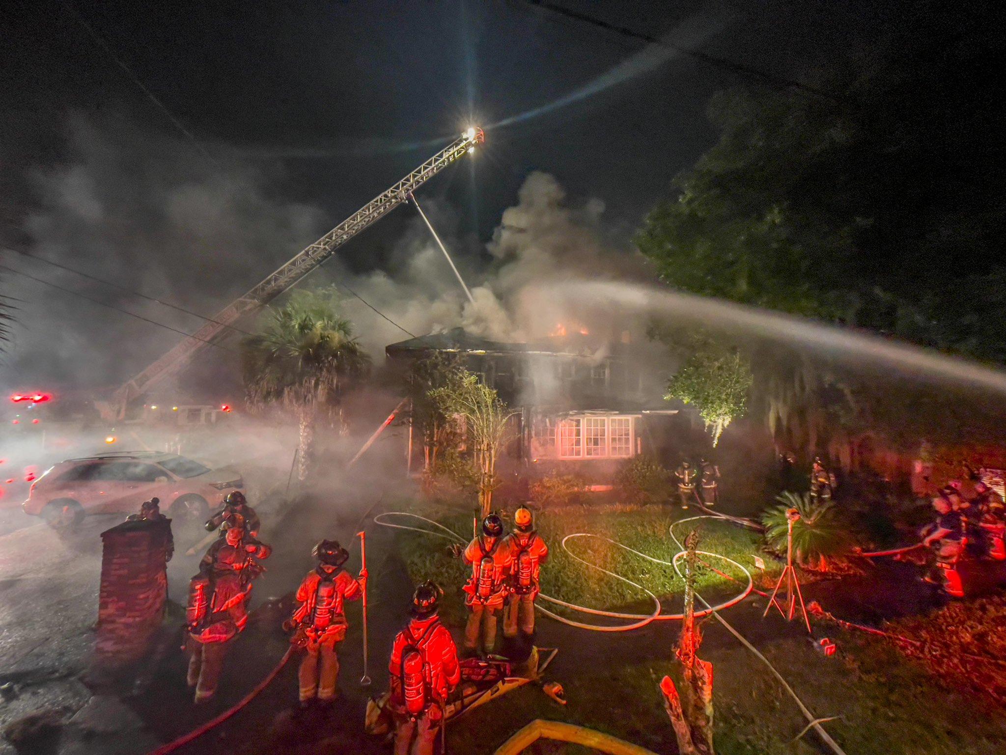 JFRD battles Riverside house fire