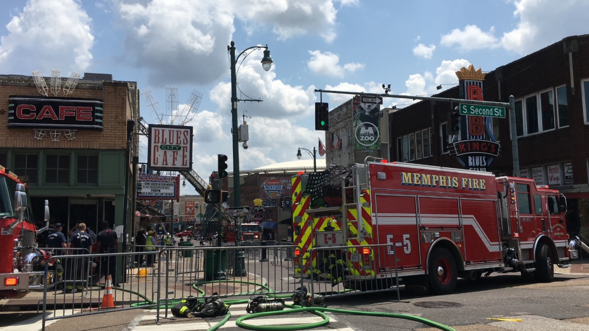 Fire reported at popular Beale Street restaurant, MFD says