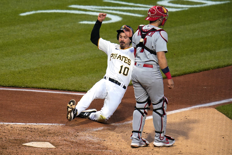 Carpenter hits another pinch homer as Cardinals beat Pirates