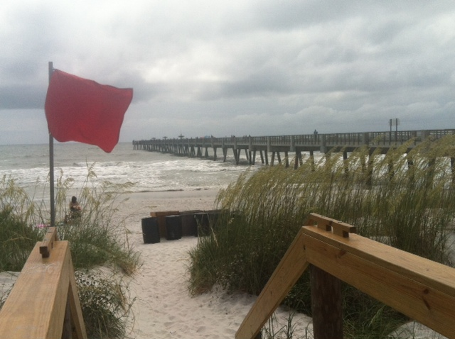 Lifeguards issue red flag warning for Jacksonville Beaches