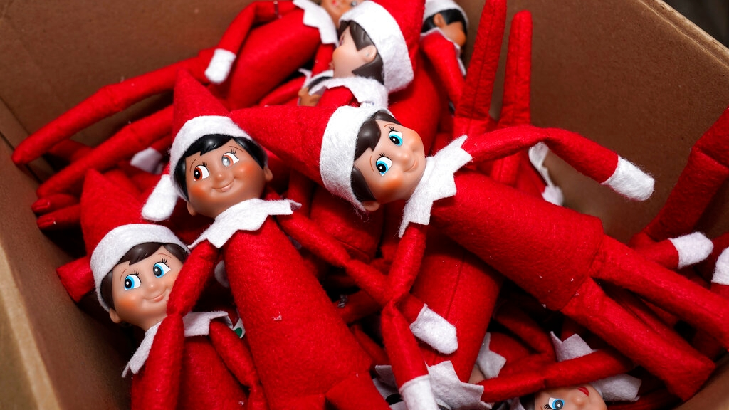 Elf In Quarantine Parents Can Get Creative With Plans For Elf On The Shelf 95 5 Wsb