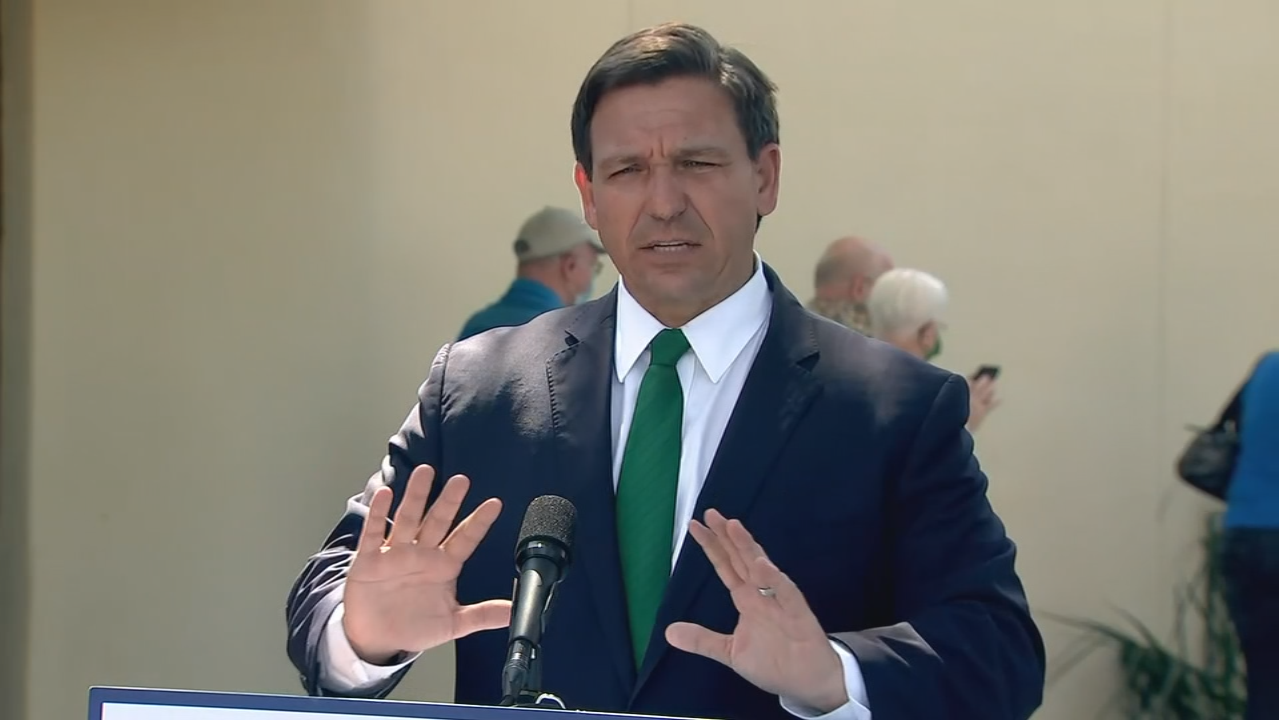 Gov. DeSantis signs alcohol delivery bill into law at Ormond Beach restaurant
