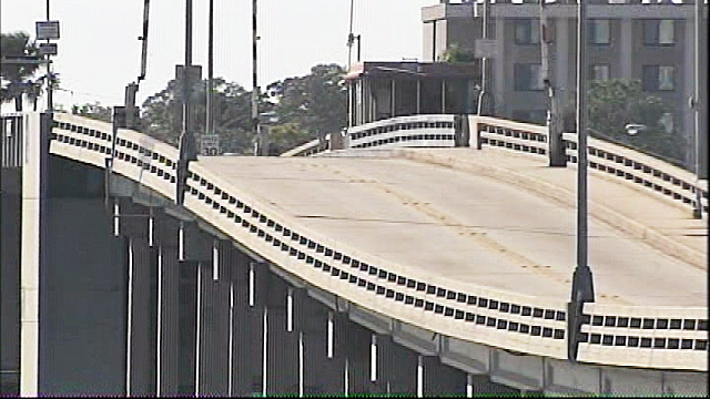 Traffic alert: Main Street bridge access restricted to those with special pass in Daytona Beach