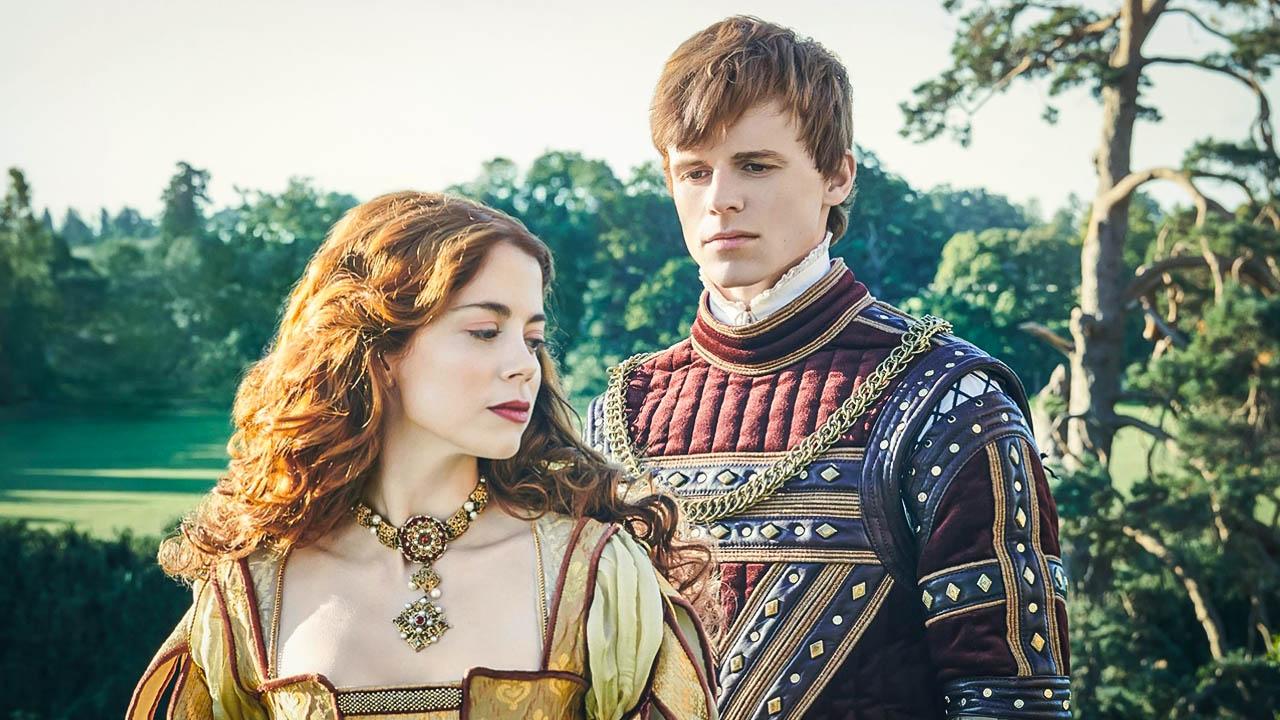"""Ruairi O'Connor, actor tras Henry VIII en The Spanish Princess: """"Era solo  un adolescente descubriendo el amor"""" - La Tercera"""